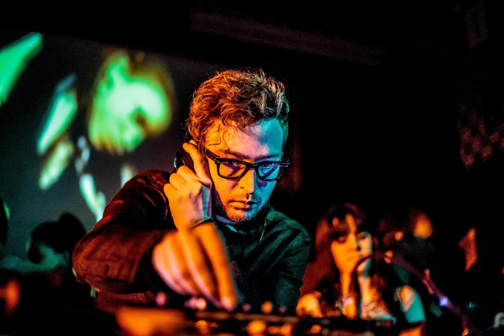 synkro [uk] the hifi club 08/01/2015