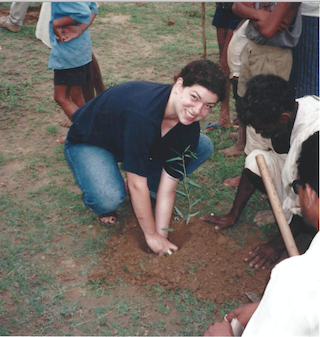Planting trees in Rajasthan, India, 1999