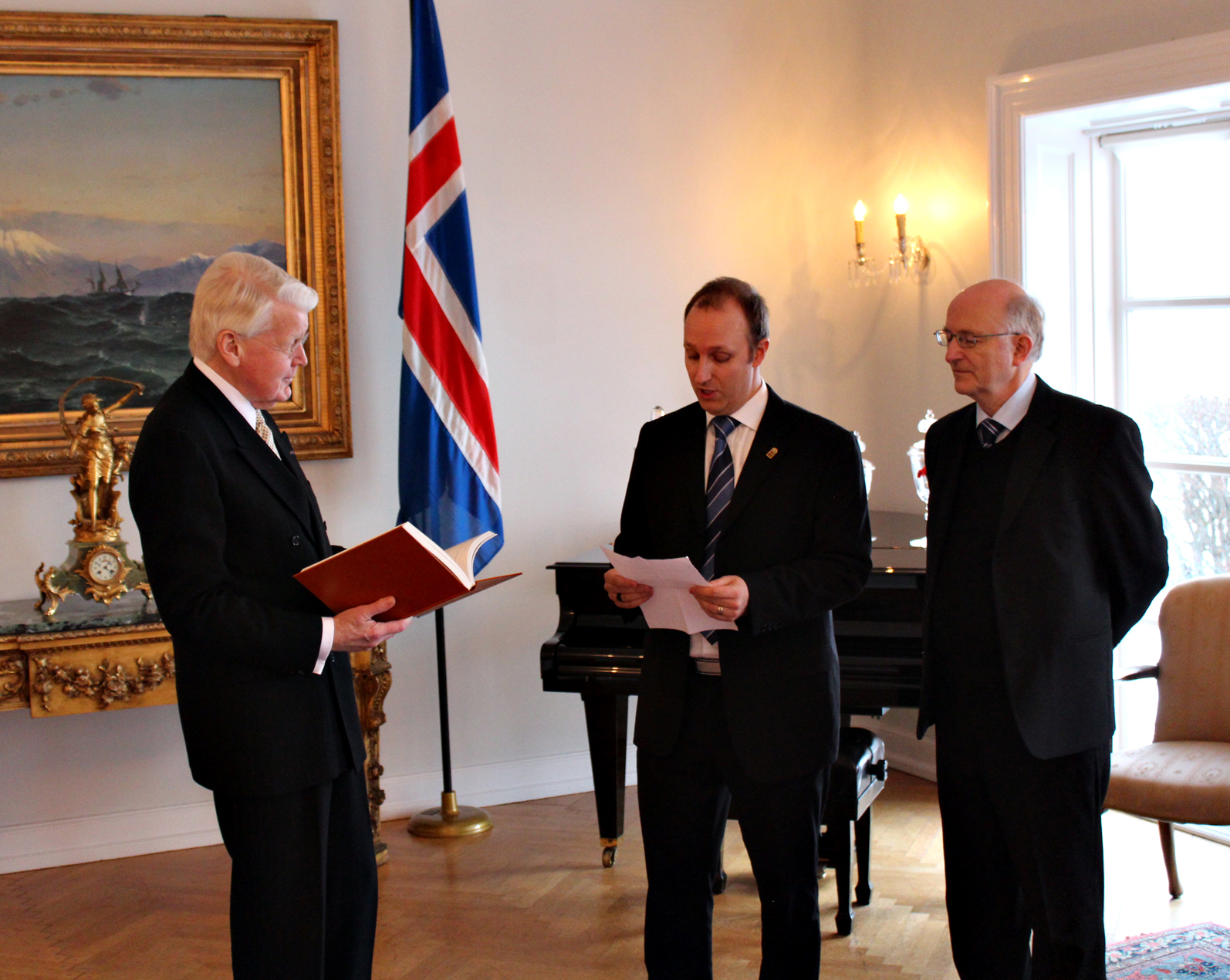 Personal audience with former Icelandic president Olafur Ragnar Grimsson at the presidential residence at Bessastadir.