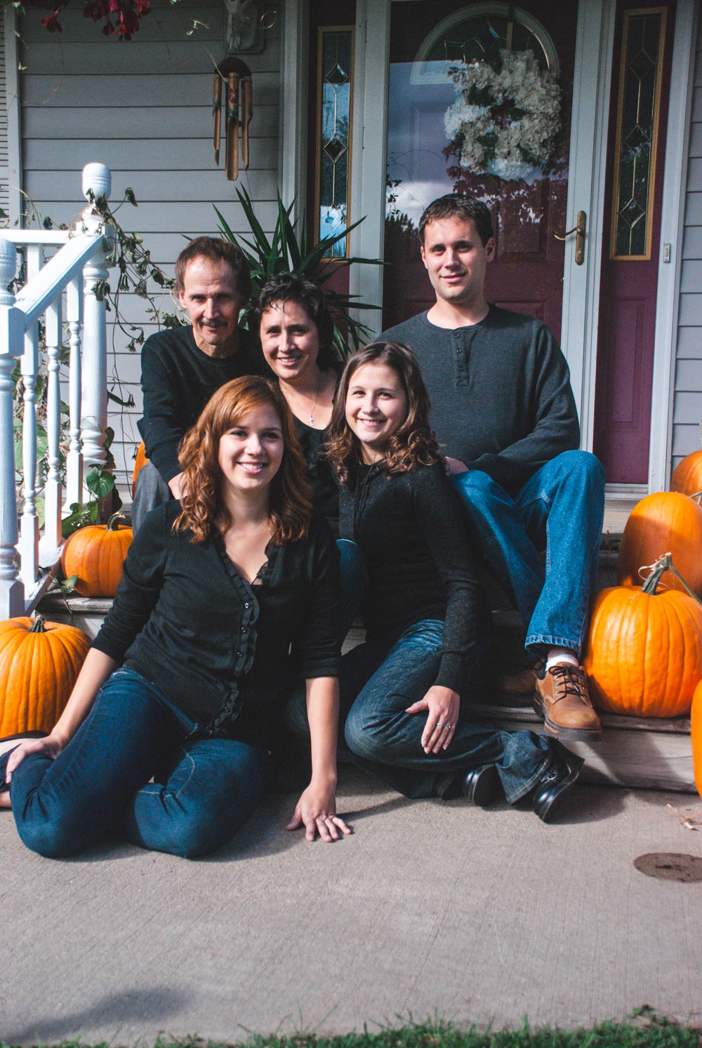 Central Wisconsin family portraits at home