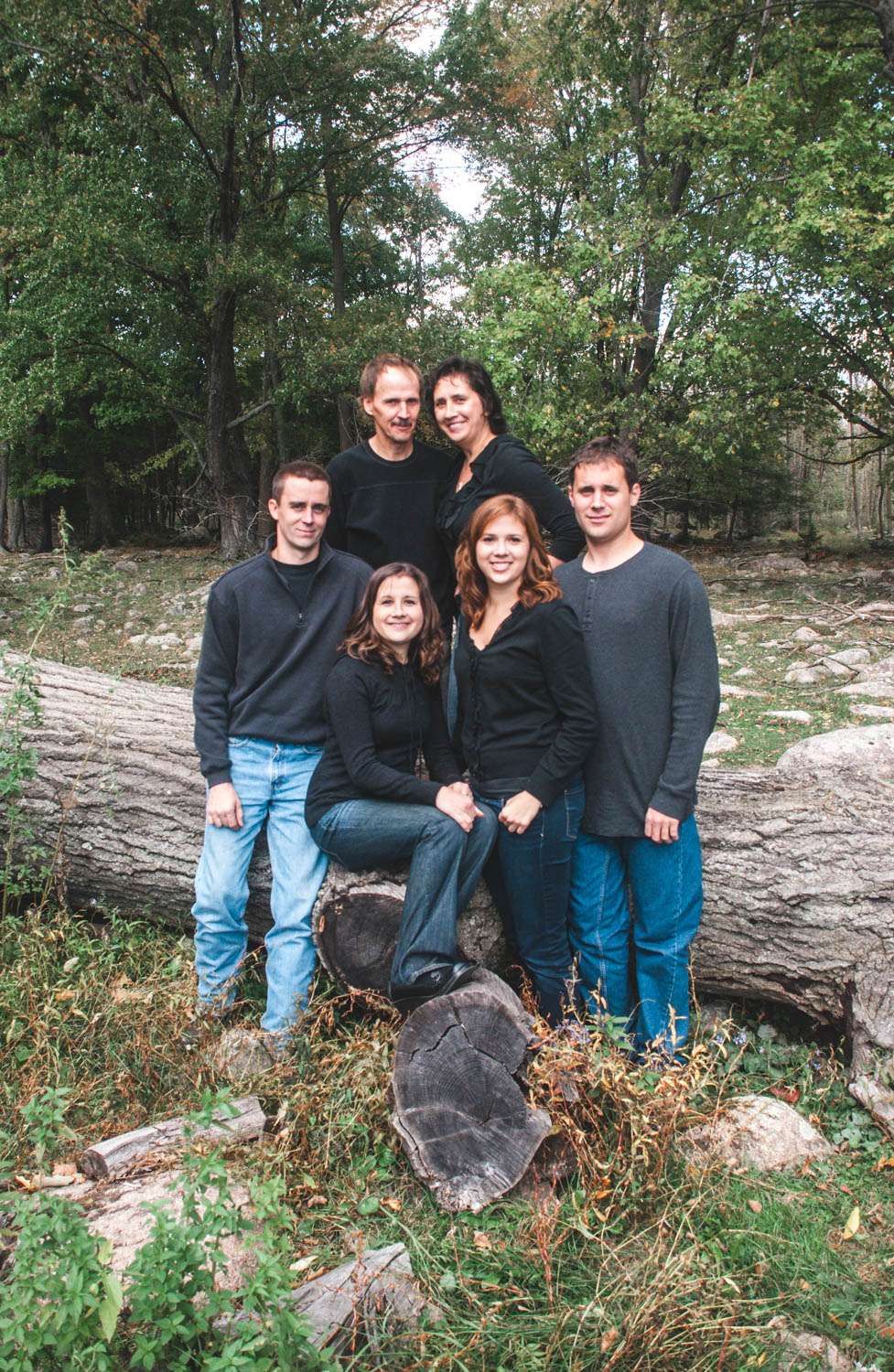 Rustic family portraits in Wisconsin