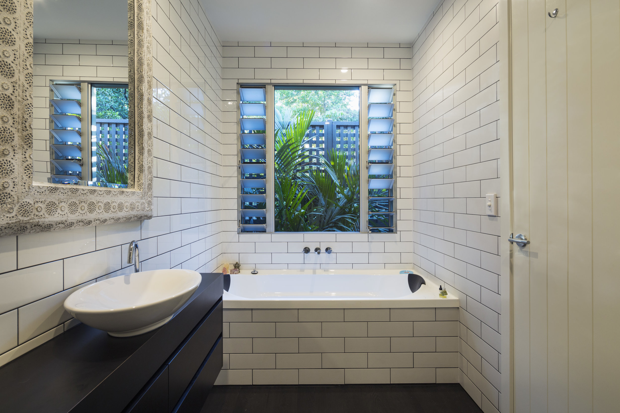 Archie Street - Bathroom
