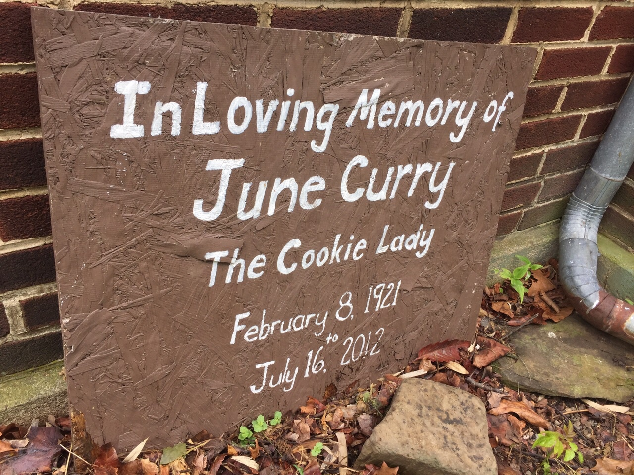 June Curry achieved a measure of fame and immortality, at least amount the biking community as the Cookie Lady and her house became a ritual stop for the TransAmerica route. She passed away and her house still is a stop, but it has fallen into disrepair.