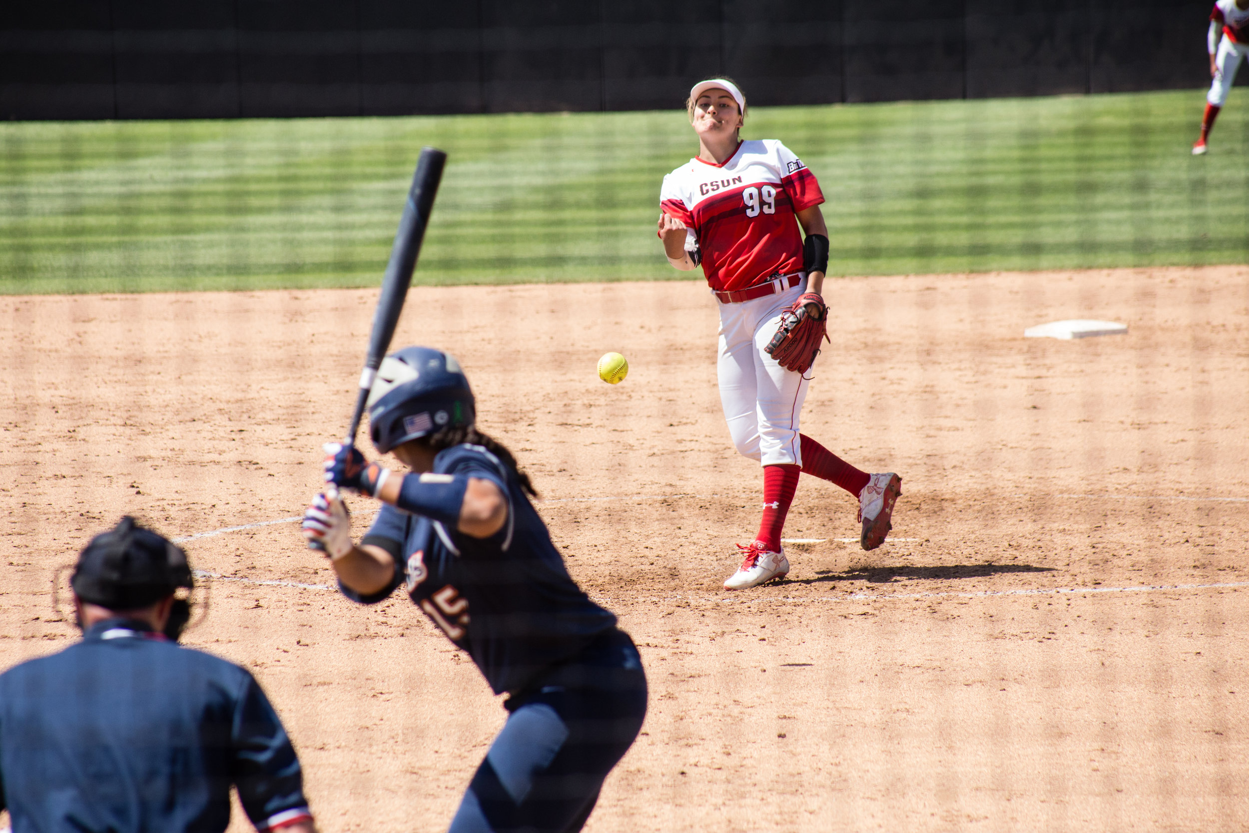 2018_04_07 - Softball vs CSU Fullerton (max reso)-22.jpg