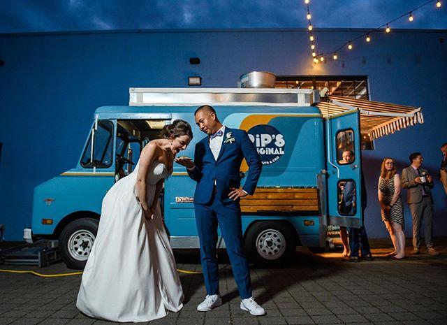 Late night noms! 🍩🚚⠀ .⠀ Donuts: @pipsoriginal⠀ Venue: @castawayportland⠀ Florist: @fieldworkflowers⠀ Dress Shop: @thewhitedresspdx⠀ Beauty: @justinep_beauty⠀ DJ/MC: @djzinker @paradox_productions⠀ Catering: @chefstablecateringpdx ⠀ Photo Booth: @happymatic⠀ Bride @megnmackenzie⠀ .⠀ .⠀ .⠀ #portlandphotographer #pdxphotographer #pipsoriginal #foodtruck #foodtrucks⠀ #honeysucklephotography #weddingfun #weddingphotos #weddingphotographer #smpweddings #weddingsonpoint #realwedding #realweddings #wedphotoinspiration #weddinginspirations #huffpostweddings #insideweddings #greenweddingshoes #weddingphotomag #photobugcommunity #weddinglove #weddingidea #pnwwedding #oregonwedding #oregonbride #oregonbridemag #oregonweddingphotographer #portlandweddingphotographer #funcouple #funbride