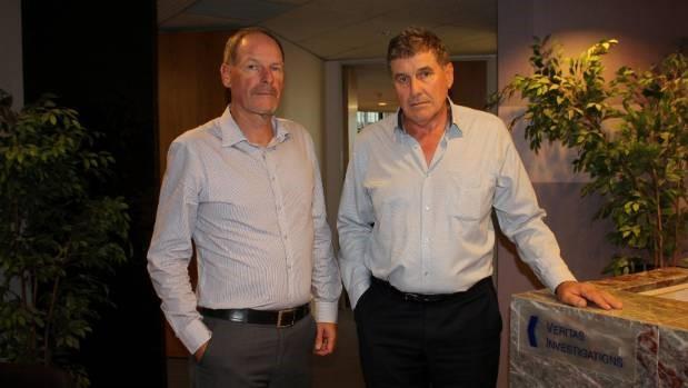 Dave & Richard Manukau Courier office.jpg