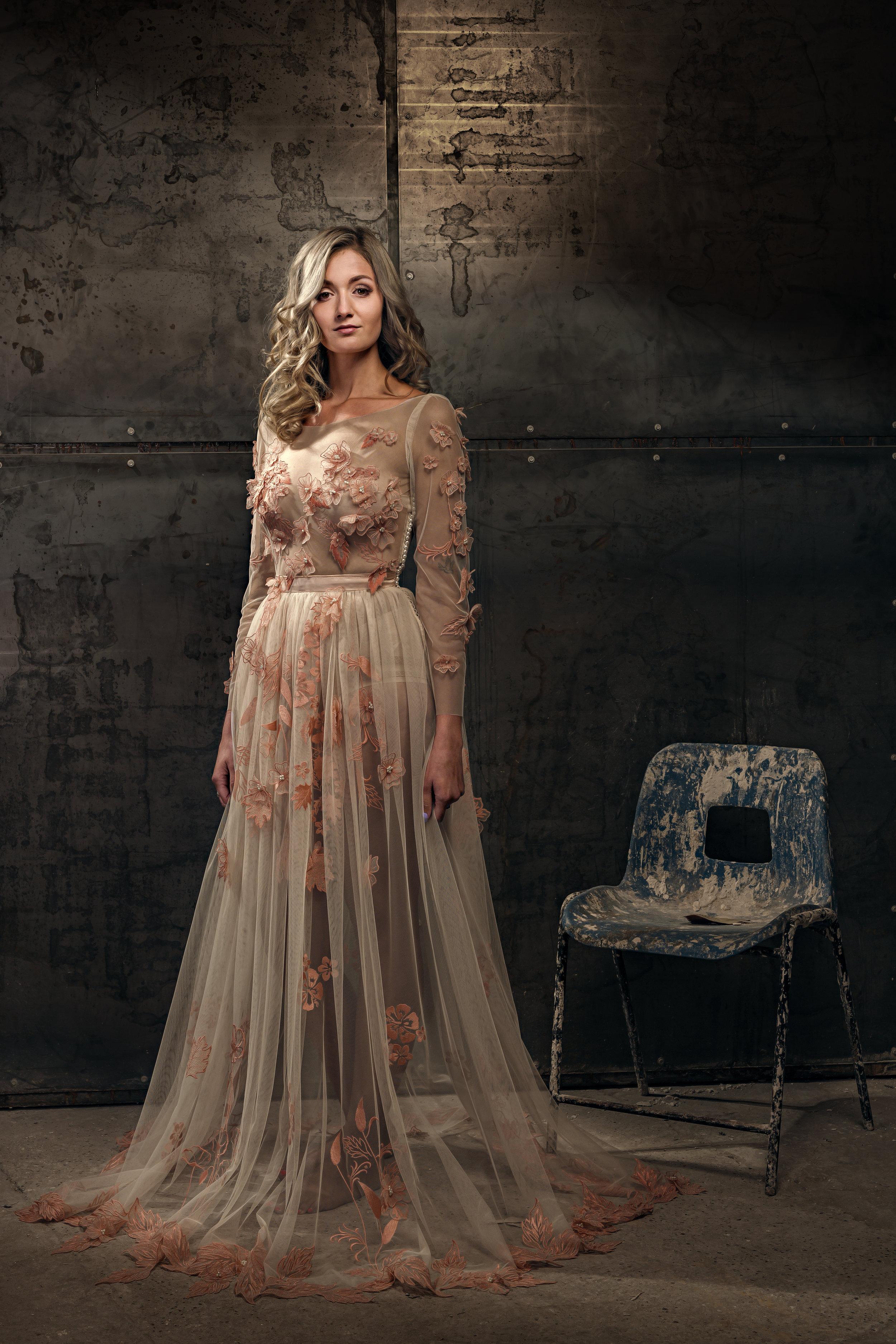 Martin Dobson Couture - Bespoke wedding dress - Suffolk - 0110 - September 17, 2017 - copyright Foyers Photography-Edit--® Robert Foyers - All Rights Reserved-3682 x 5524.JPG