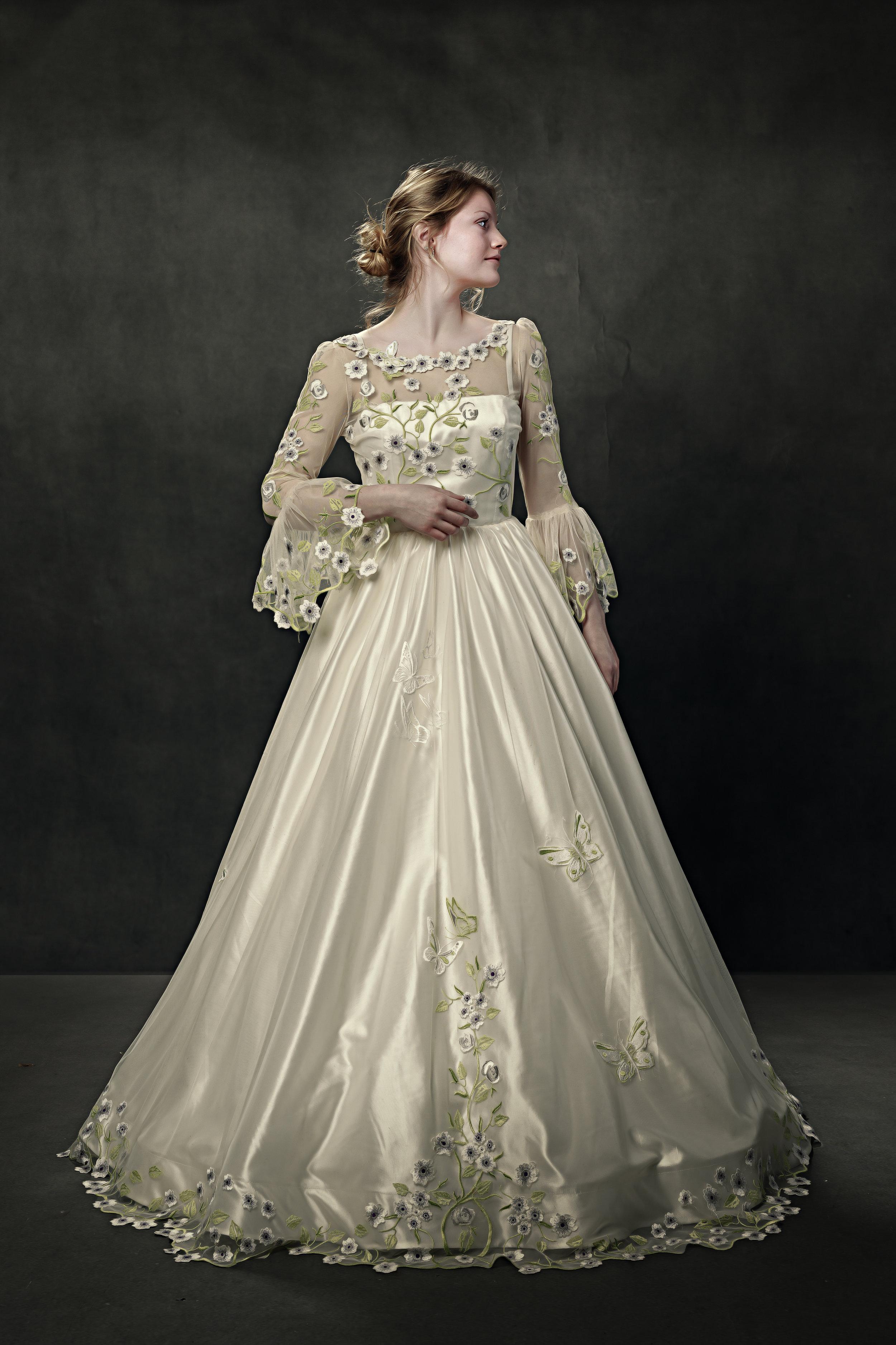 martin dobson wedding dress - 0128 - March 07, 2018 - copyright Foyers Photography-Edit.jpg