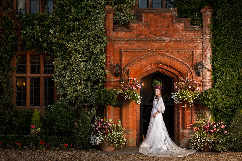 Woodhall-Manor-3.jpg