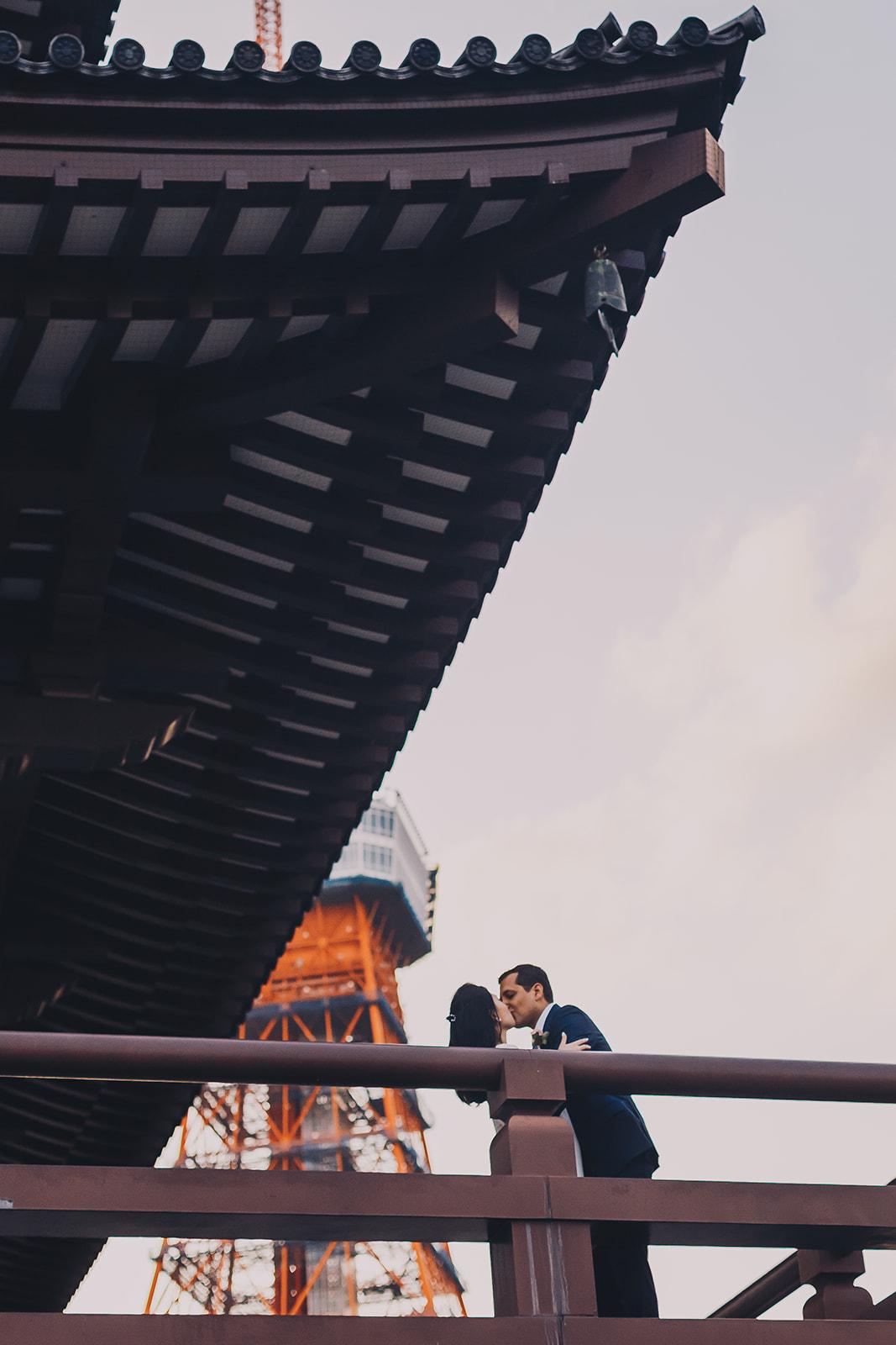 Prewedding pre wedding engagement in Tokyo Japan hire photographer (7).jpg