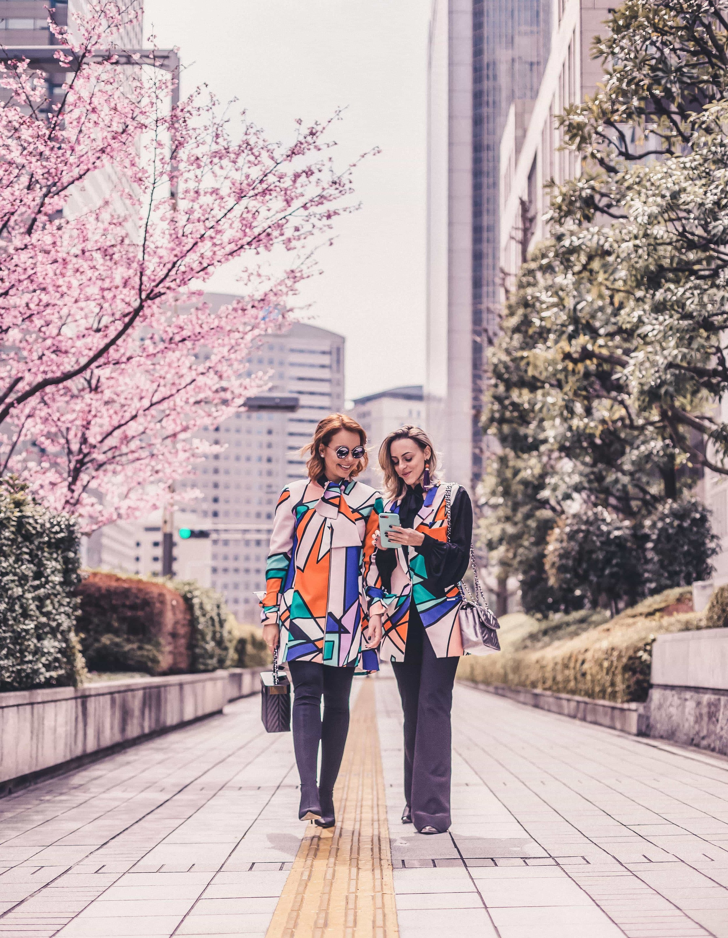 Tokyo photographer hire freelance travel casual candid Japan (13).jpg