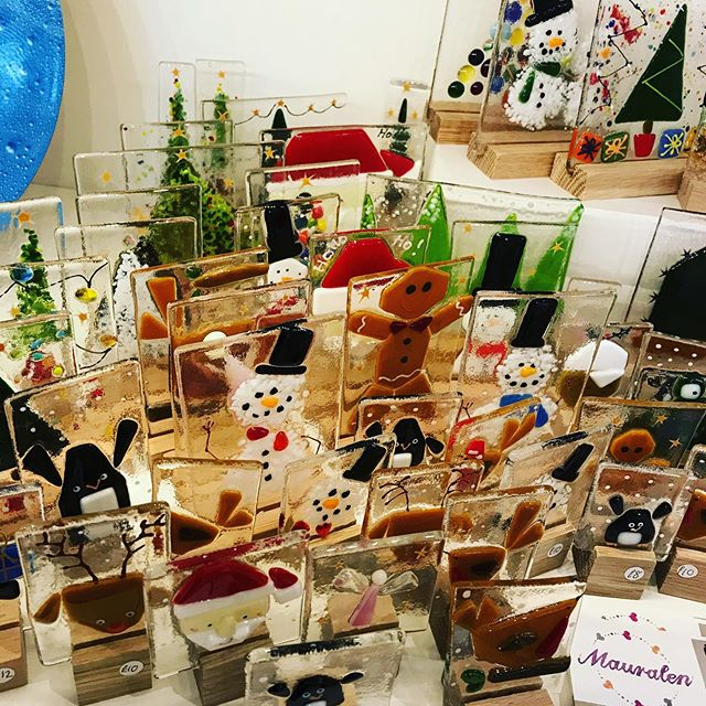 It's the Christmas shopping days at #MugdockMakkers today and tmrw 11-4! 10% off and get your gifts wrapped for a donation to CHAS! #mauralen #mugdock #christmas #discount #milngavie #festive #goodies