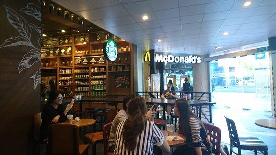 Starbucks Raffles Place