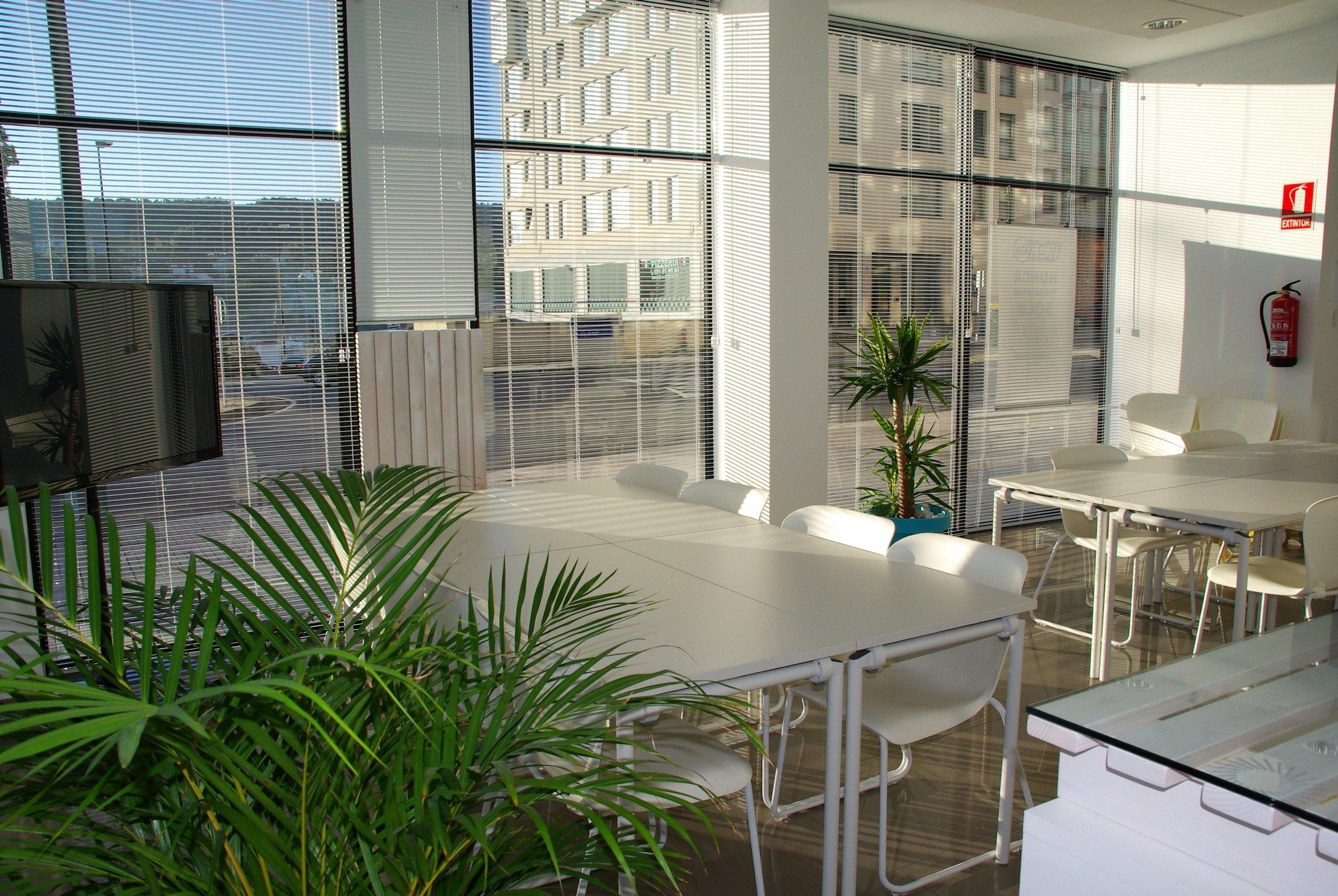 apartment-architecture-chair-221537.jpg