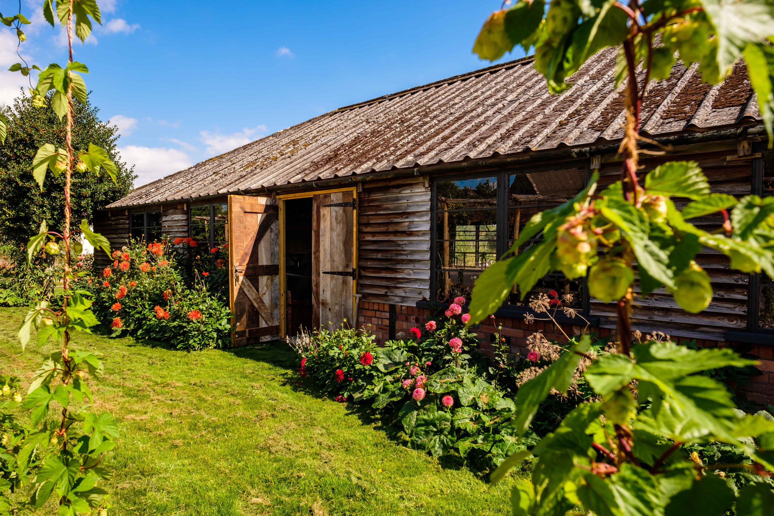 Cow_shed_court_house_farm_gardens_portishead_workspace_popup