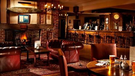 Lounge-and-bar-Mannings-Heath.jpg
