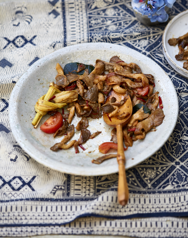 Sweet & Spicy Mushroom Tongseng -