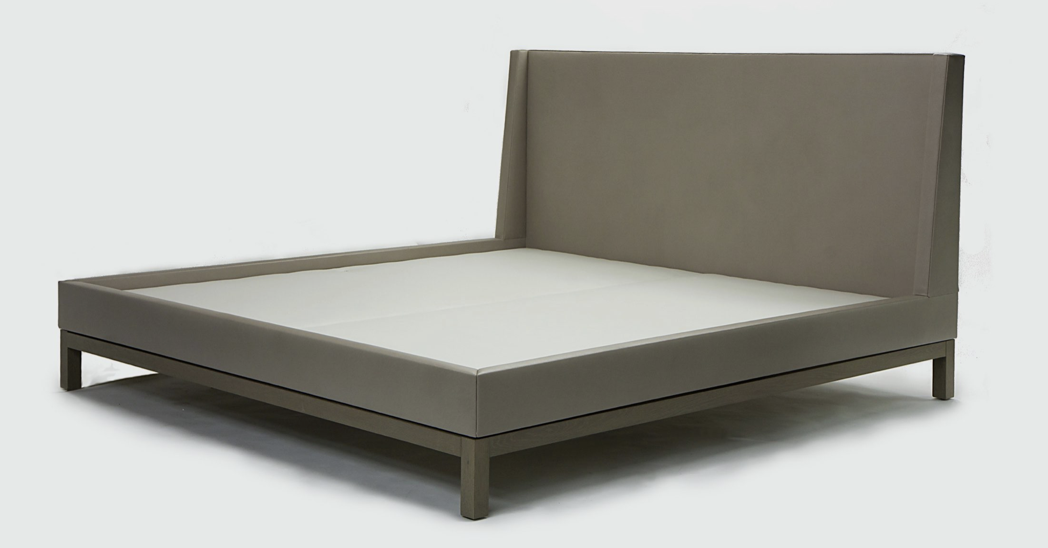 Aguirre Design - Lugano Bed - Upholstered in Leather and cerused Oak