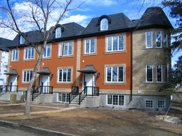 3.+Row+Housing_Grovenor+Stony+Pl+Rd+and+142+St.jpg