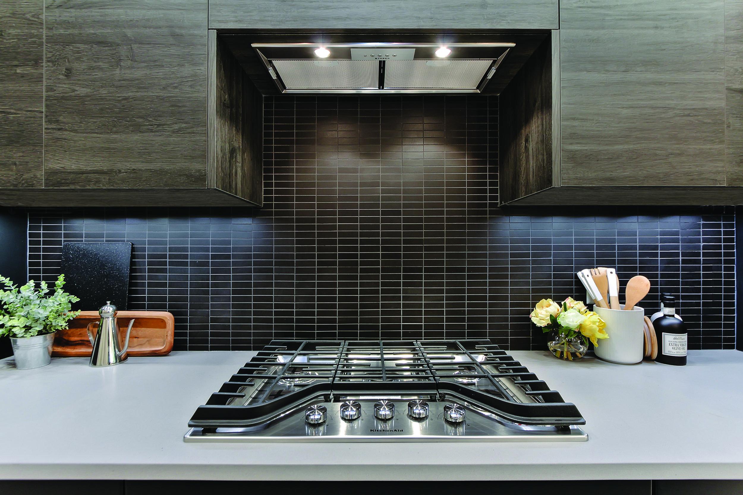 0801-Close Kitchen - Copy - Copy.jpg
