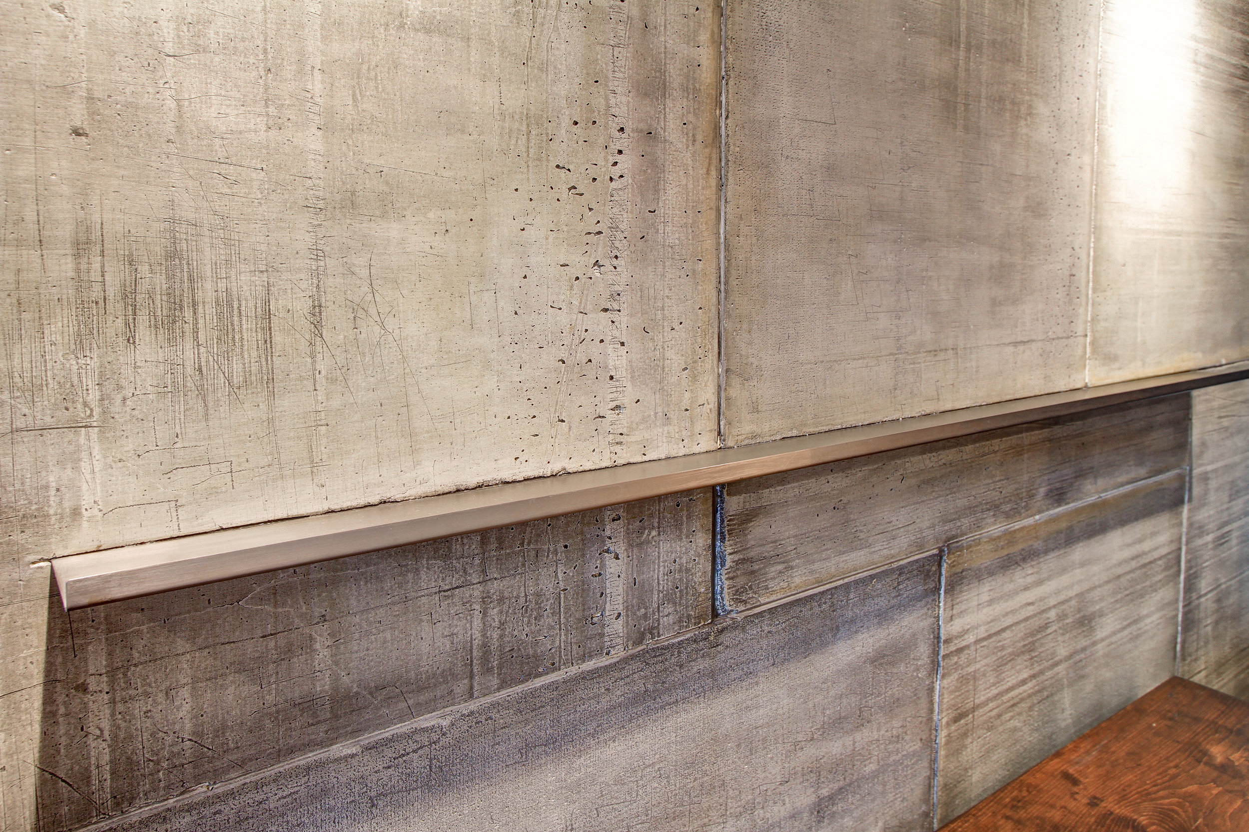 Condo-ConcreteWall2.jpg