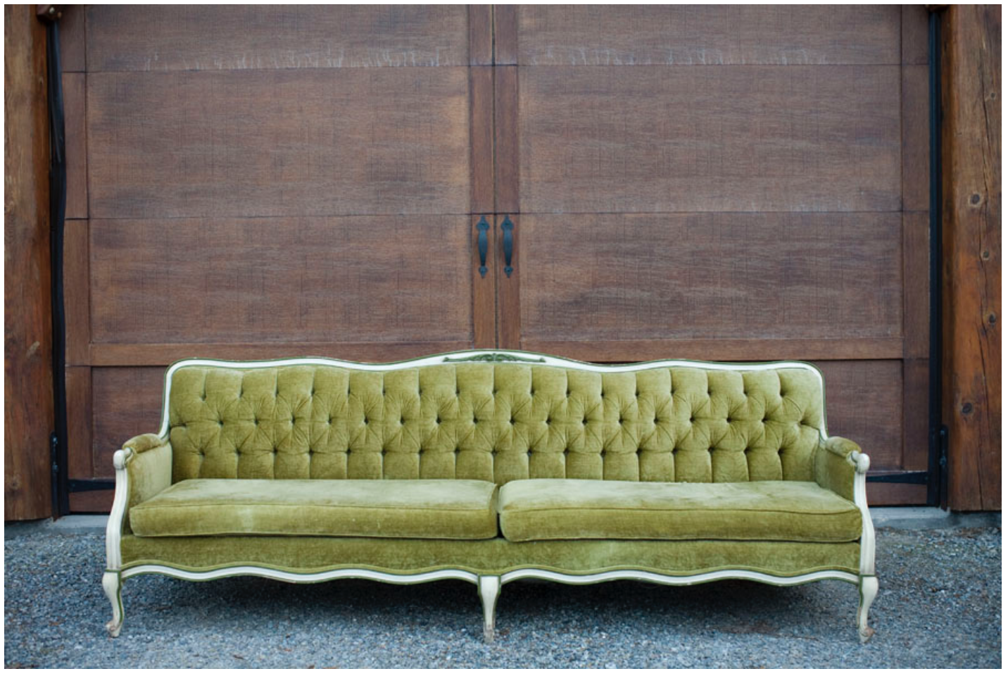 SETTEES | ARMCHAIRS | LOUNGE