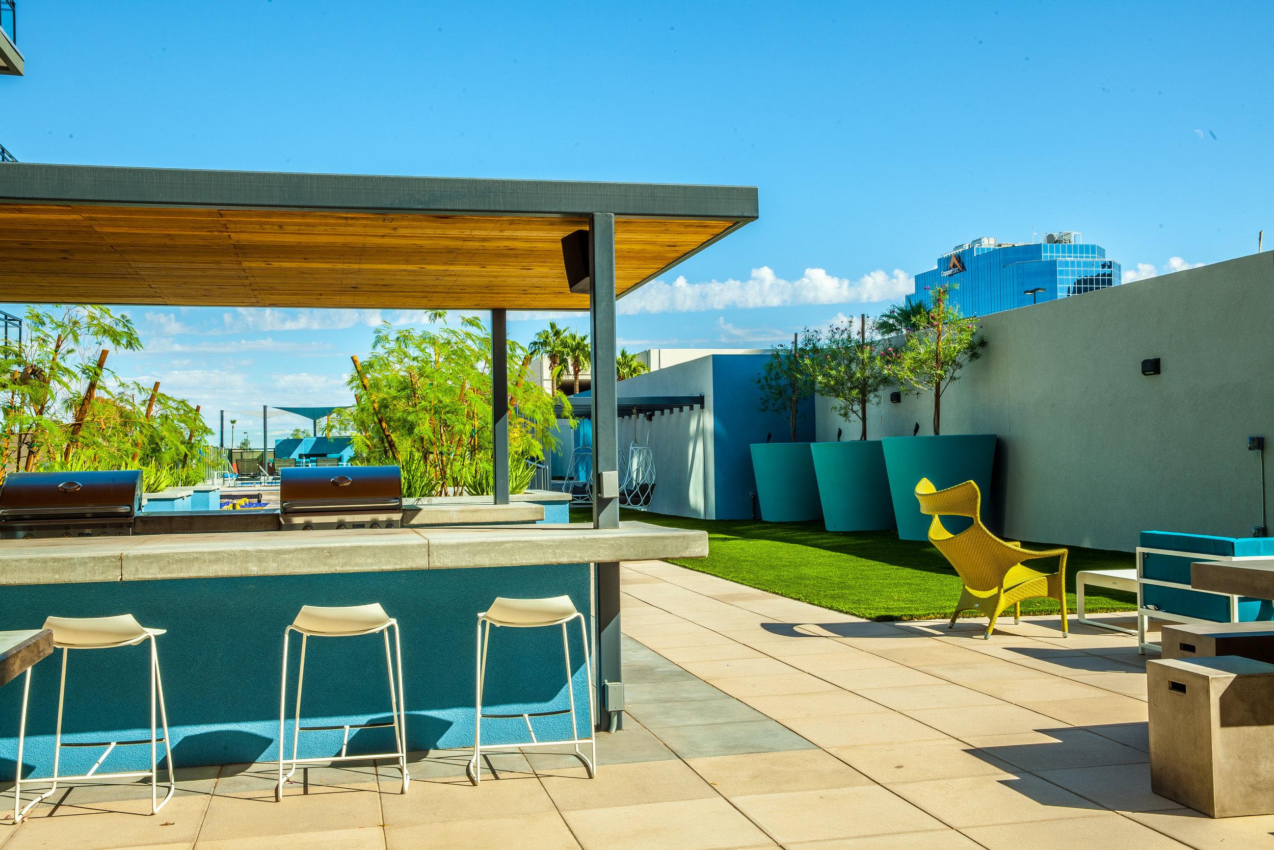 Edison-outdoor-amenities.jpg