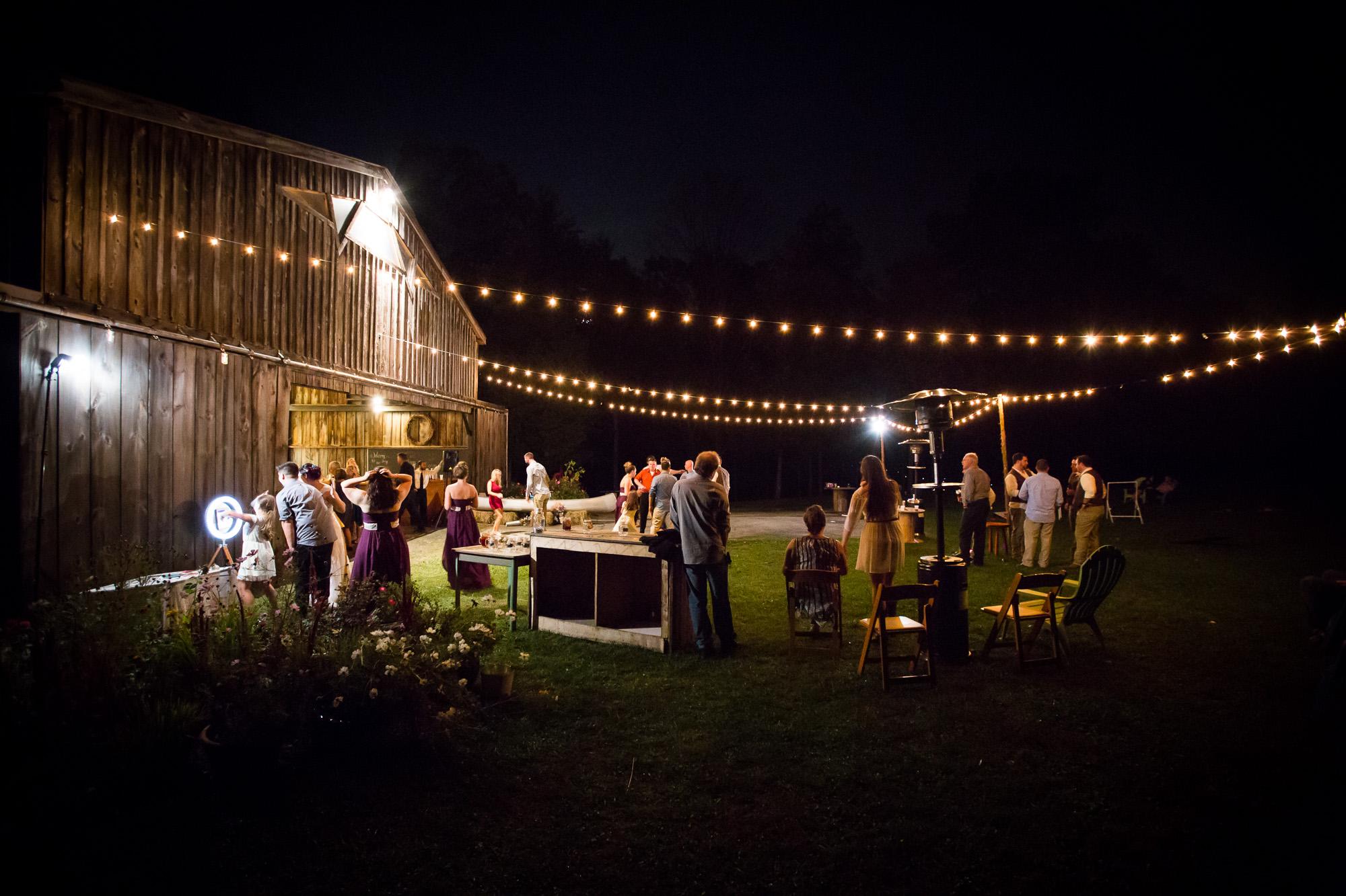 outdoor rustic wedding, under the stars