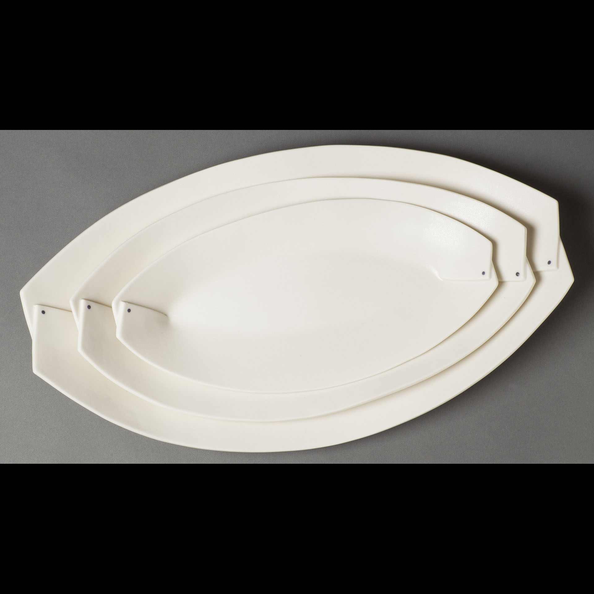 Folded Leaf Tray Set