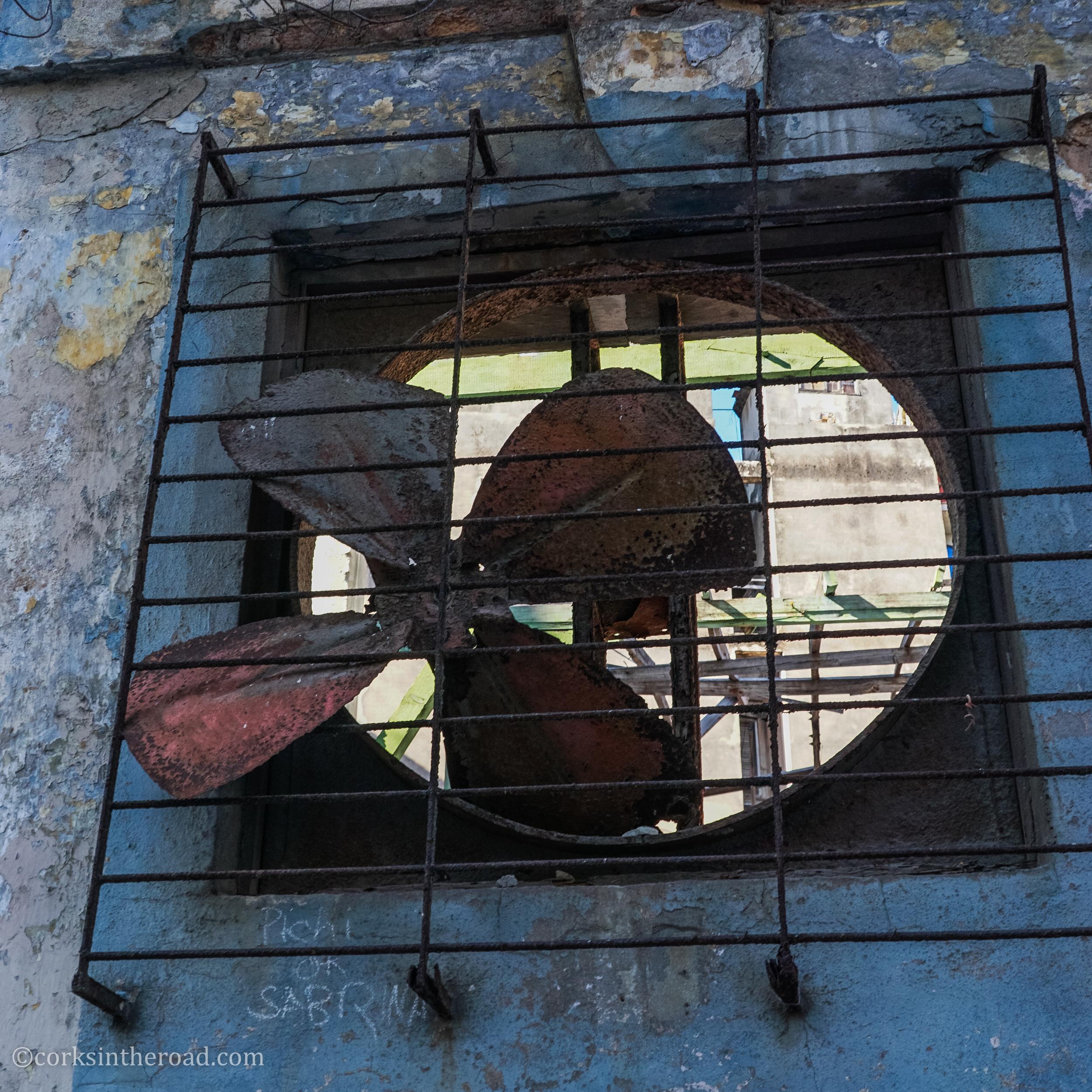 Corksintheroad, Cuba, Havana-2.jpg