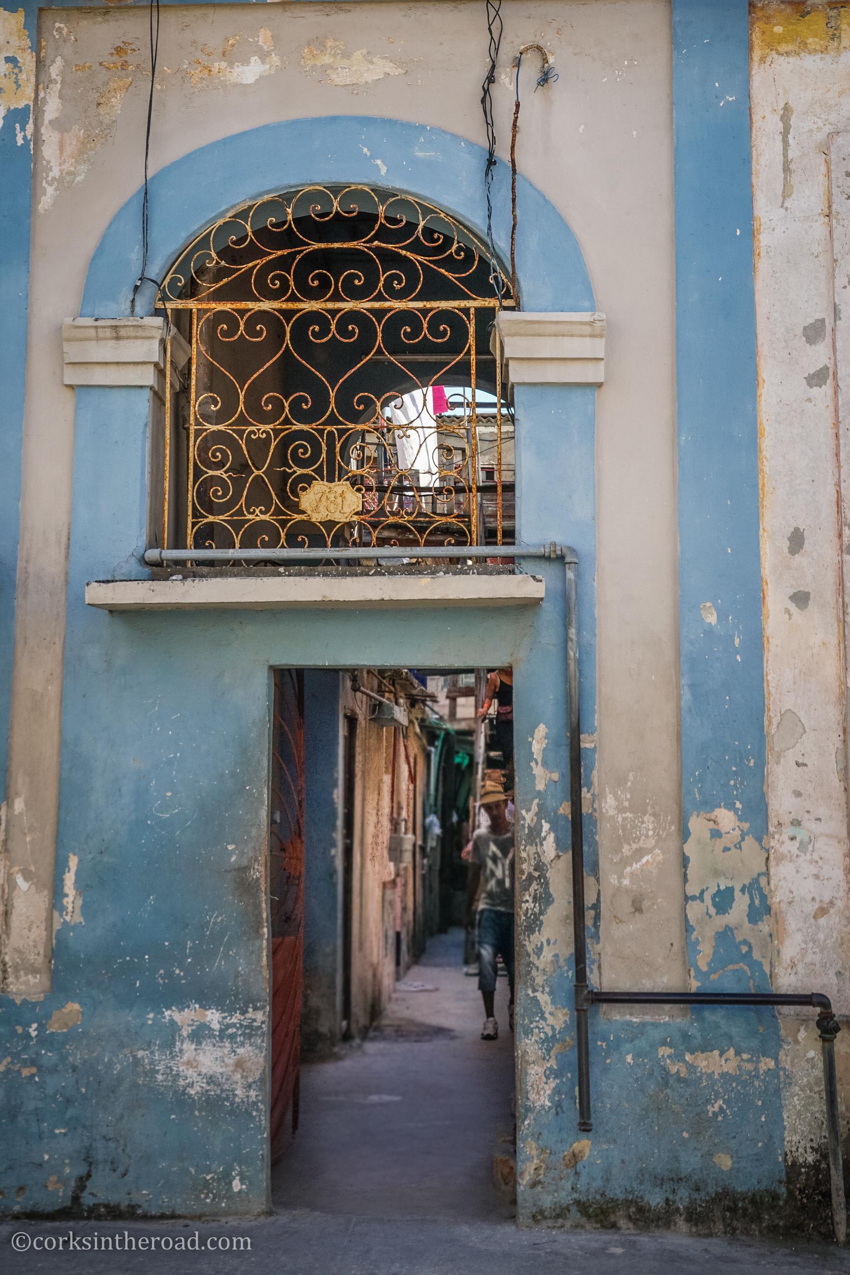 Architecture, Corksintheroad, Cuba, Havana-10.jpg