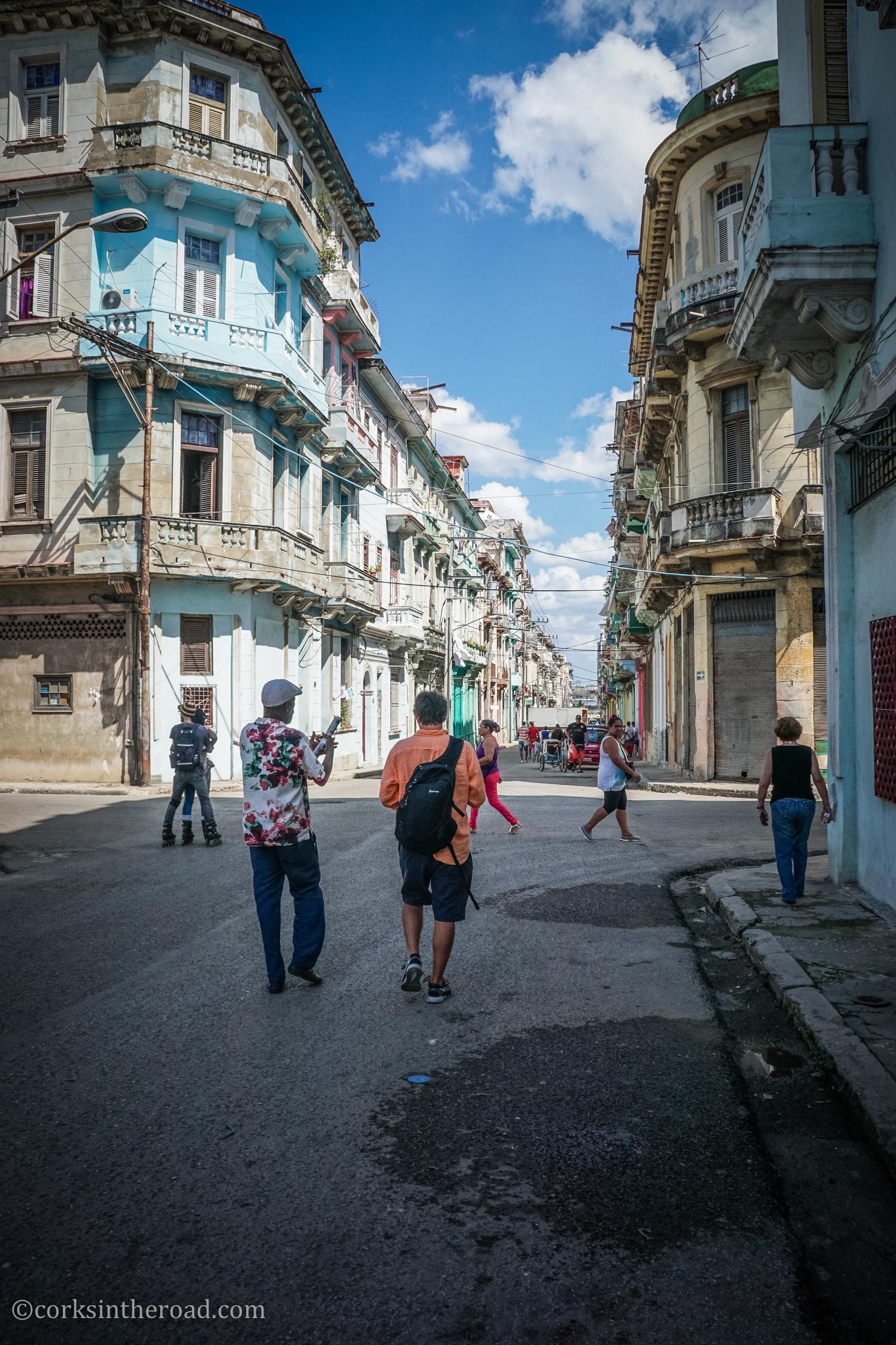 Architecture, Corksintheroad, Cuba, Havana, Hubs.jpg