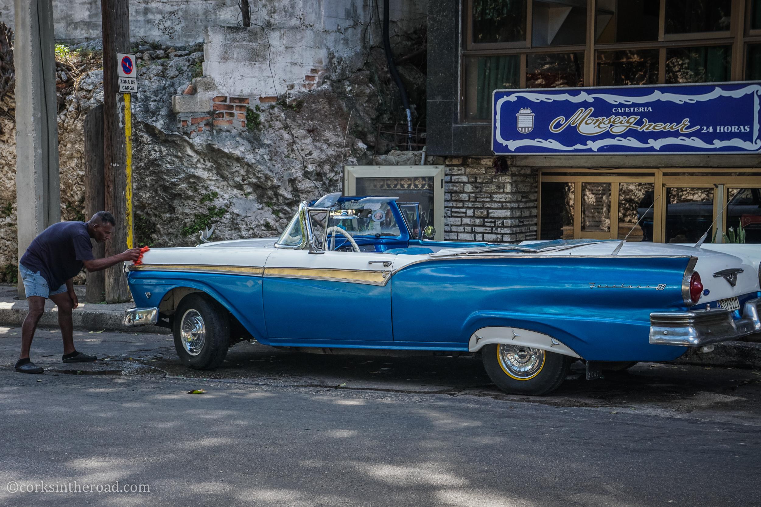Cars, Corksintheroad, Cuba, Havana-6.jpg
