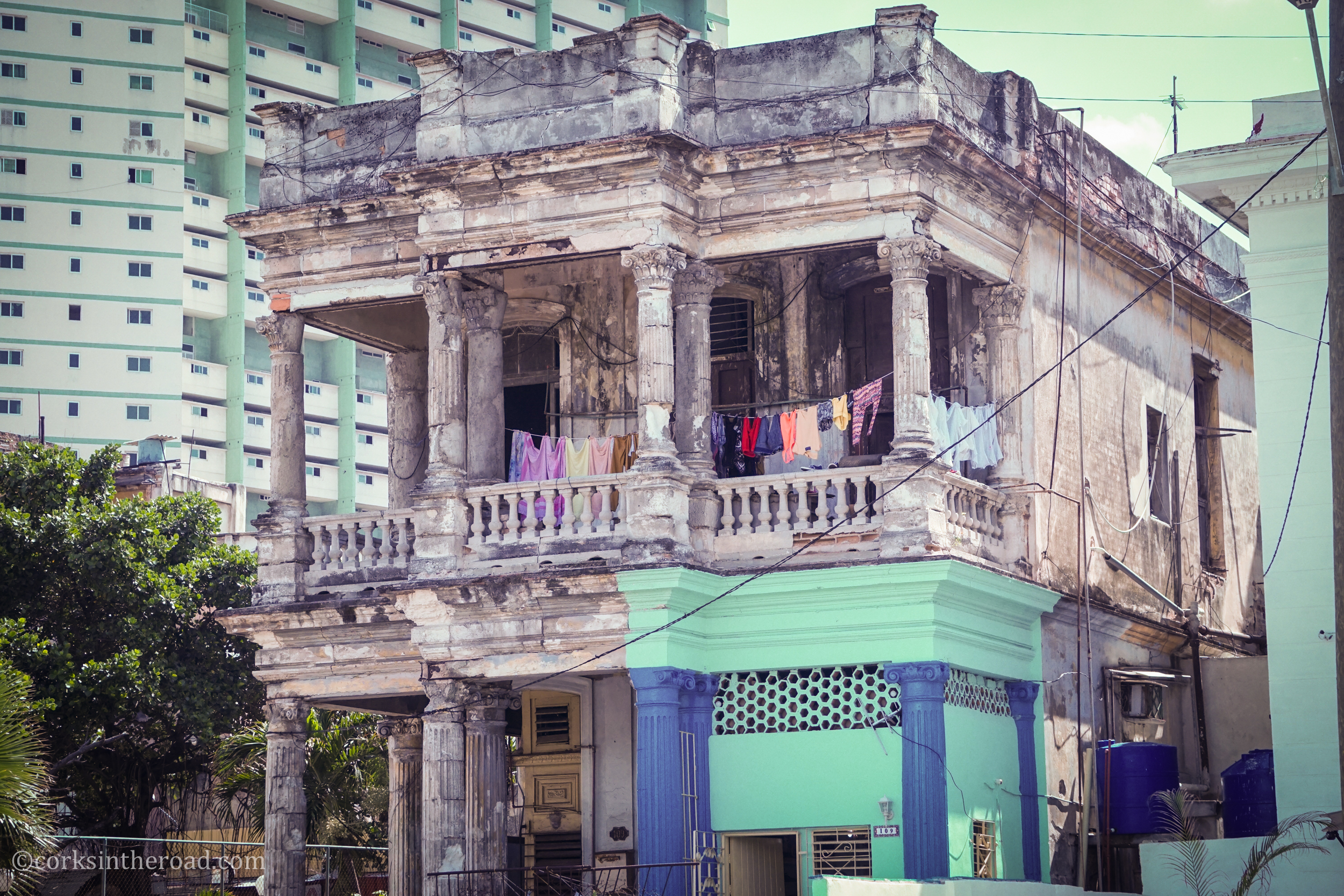 Architecture, Corksintheroad, Cuba, Havana.jpg