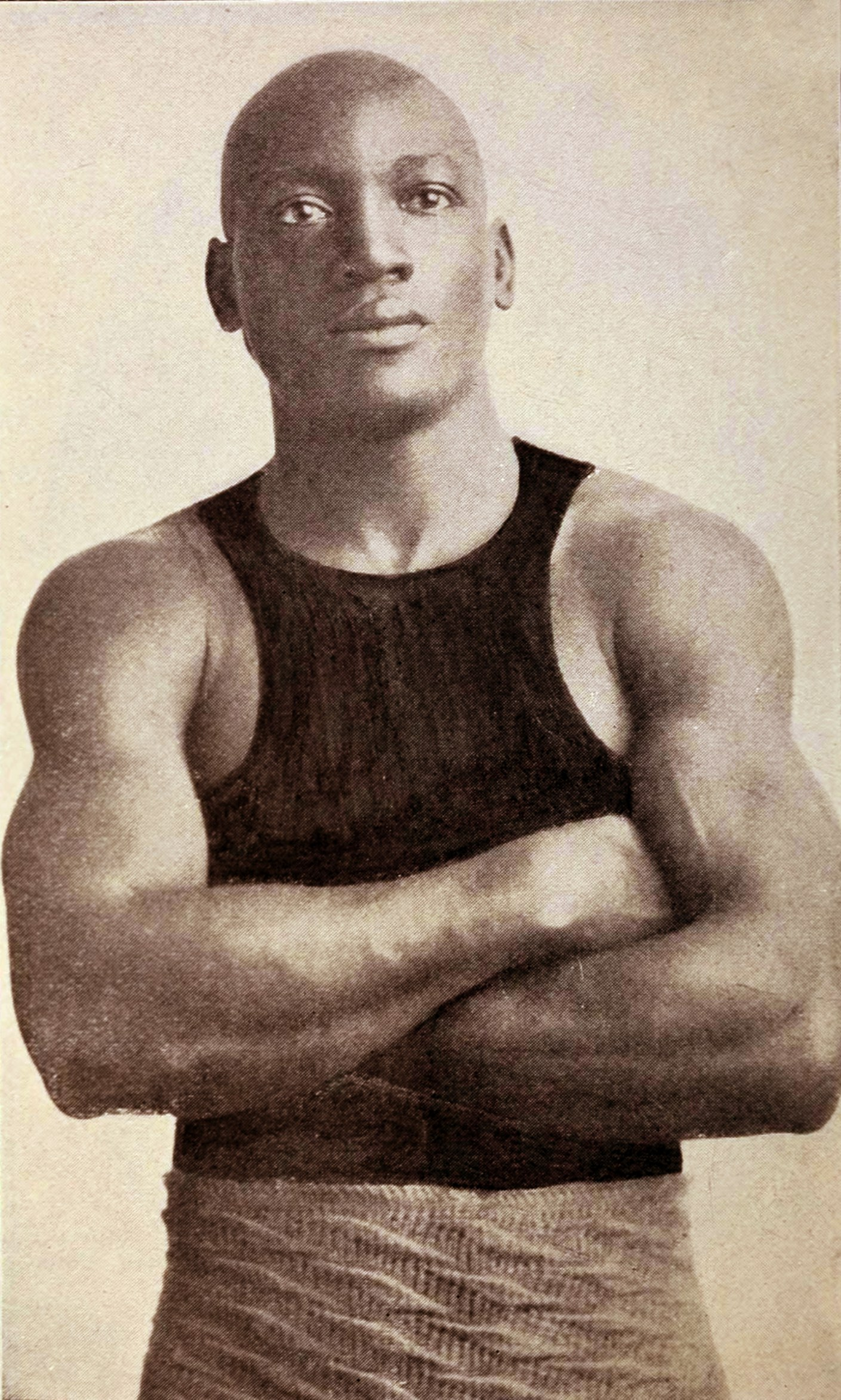 Jack_Johnson_boxer_c1908.jpg