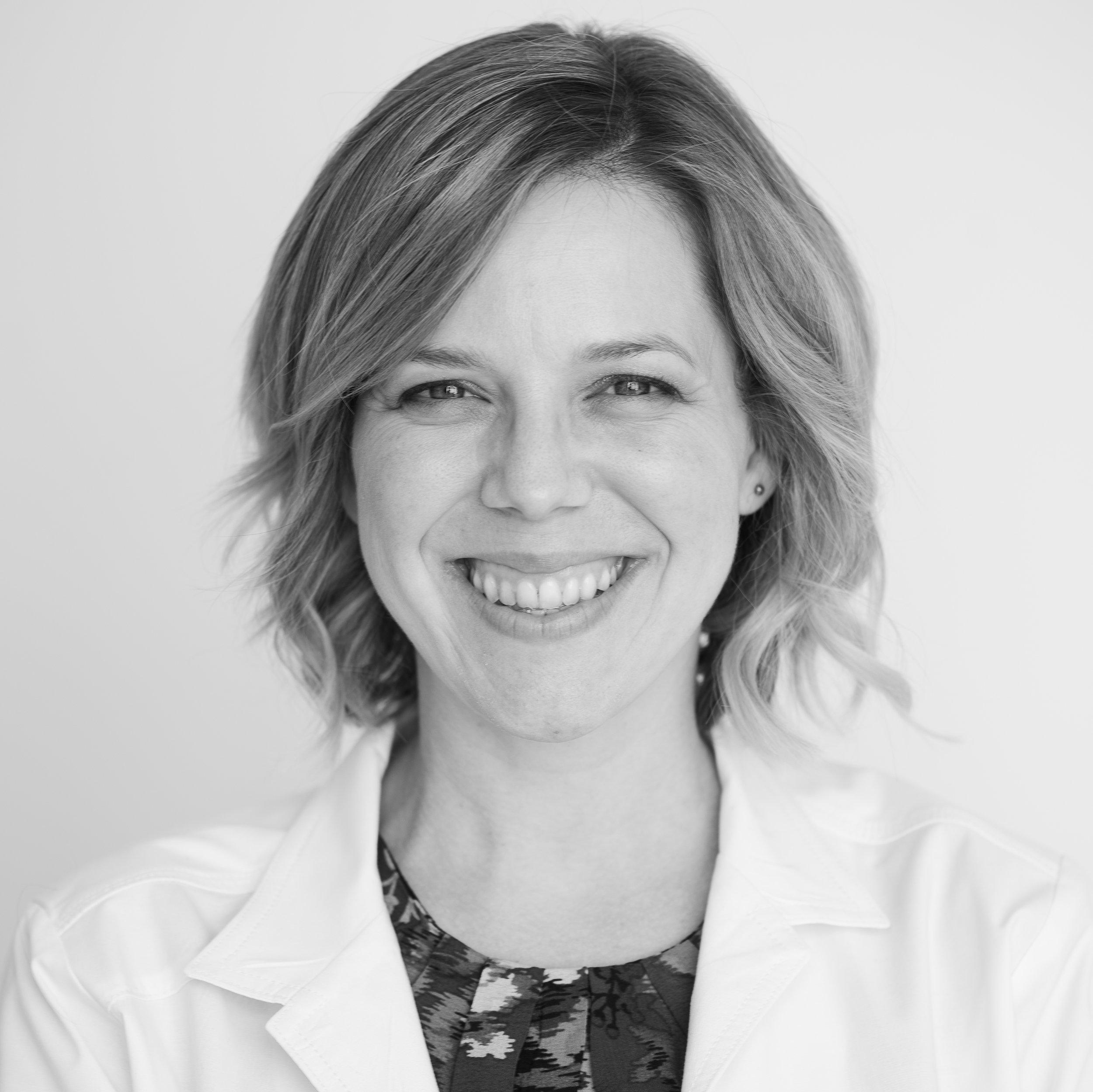 Tiffany Meador, M.D.    Facultad Médica  tiffany@clinicamedicos.org