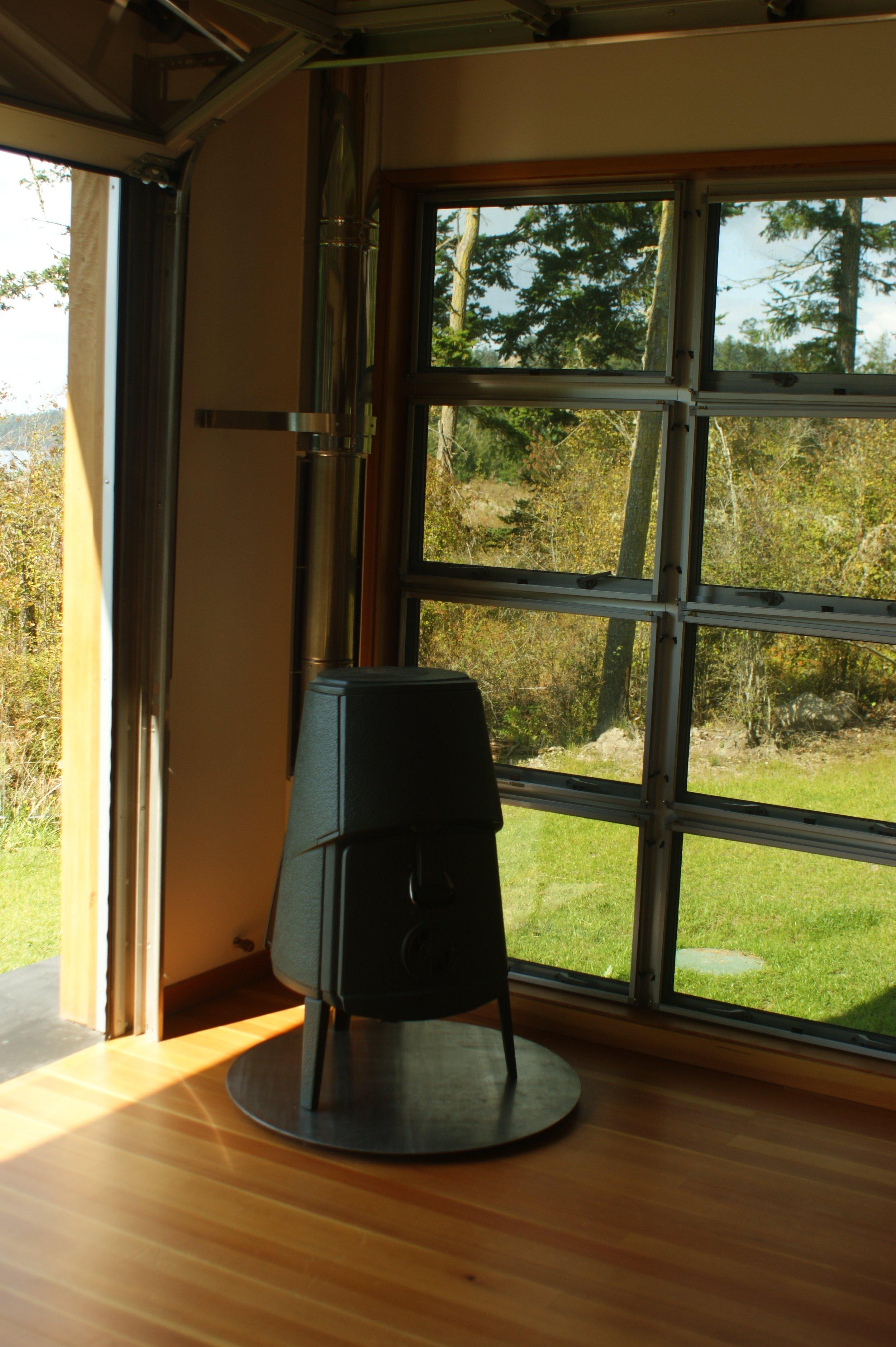 Stove in Main Room.jpg