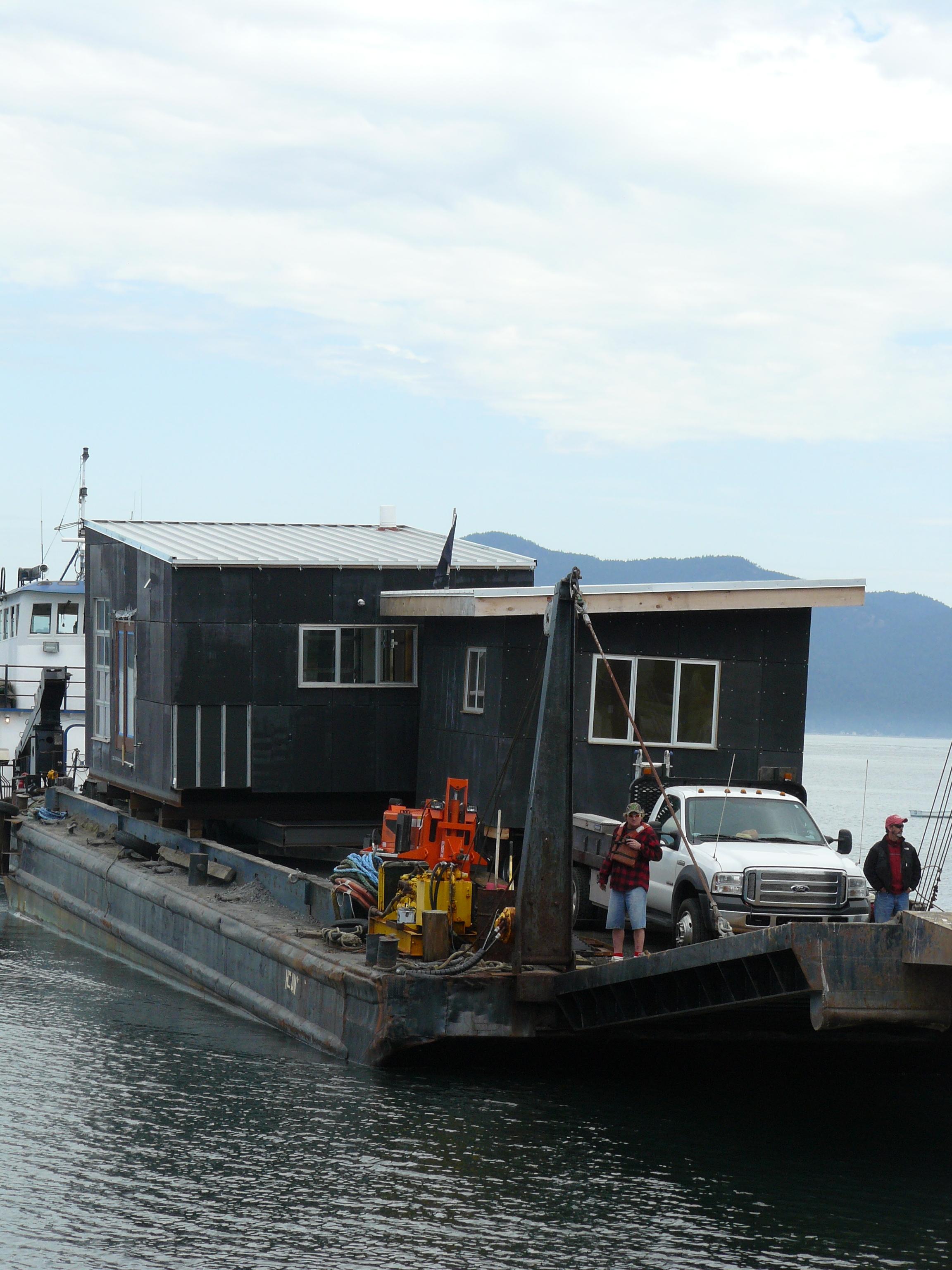 Barge Arrives Decatur 2.JPG