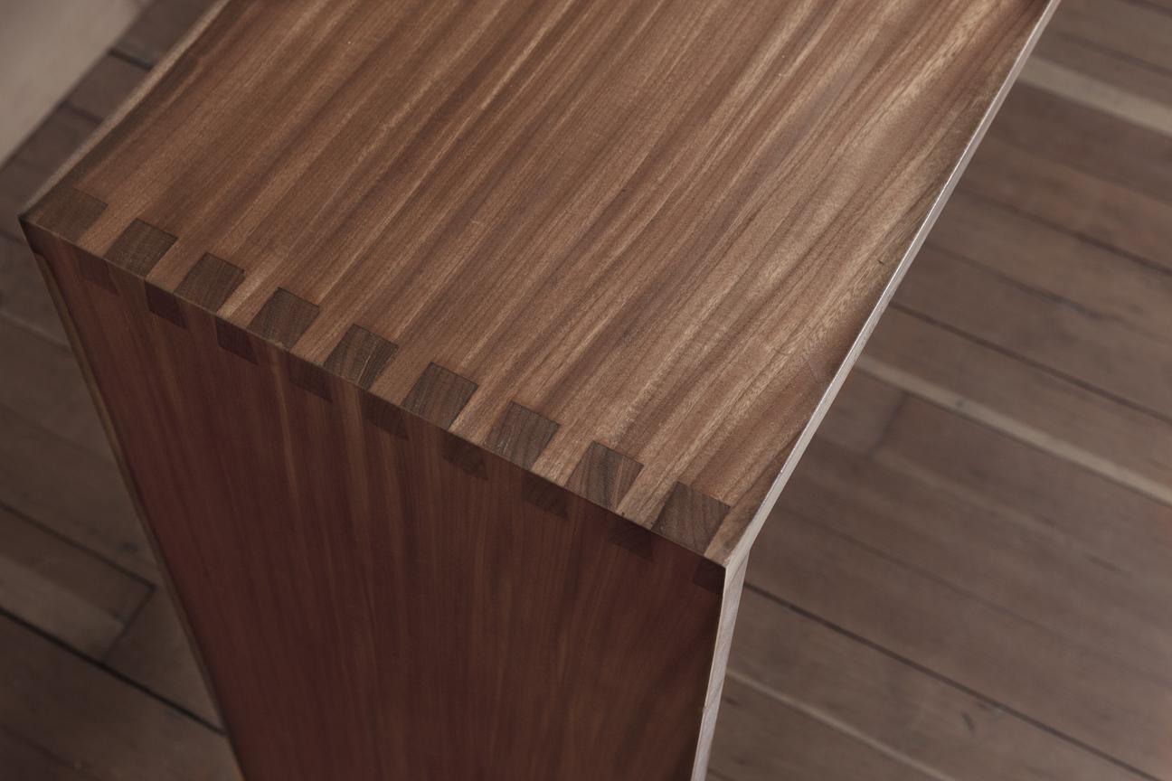 Walnut joinered serving table.corner.HQM58.jpg
