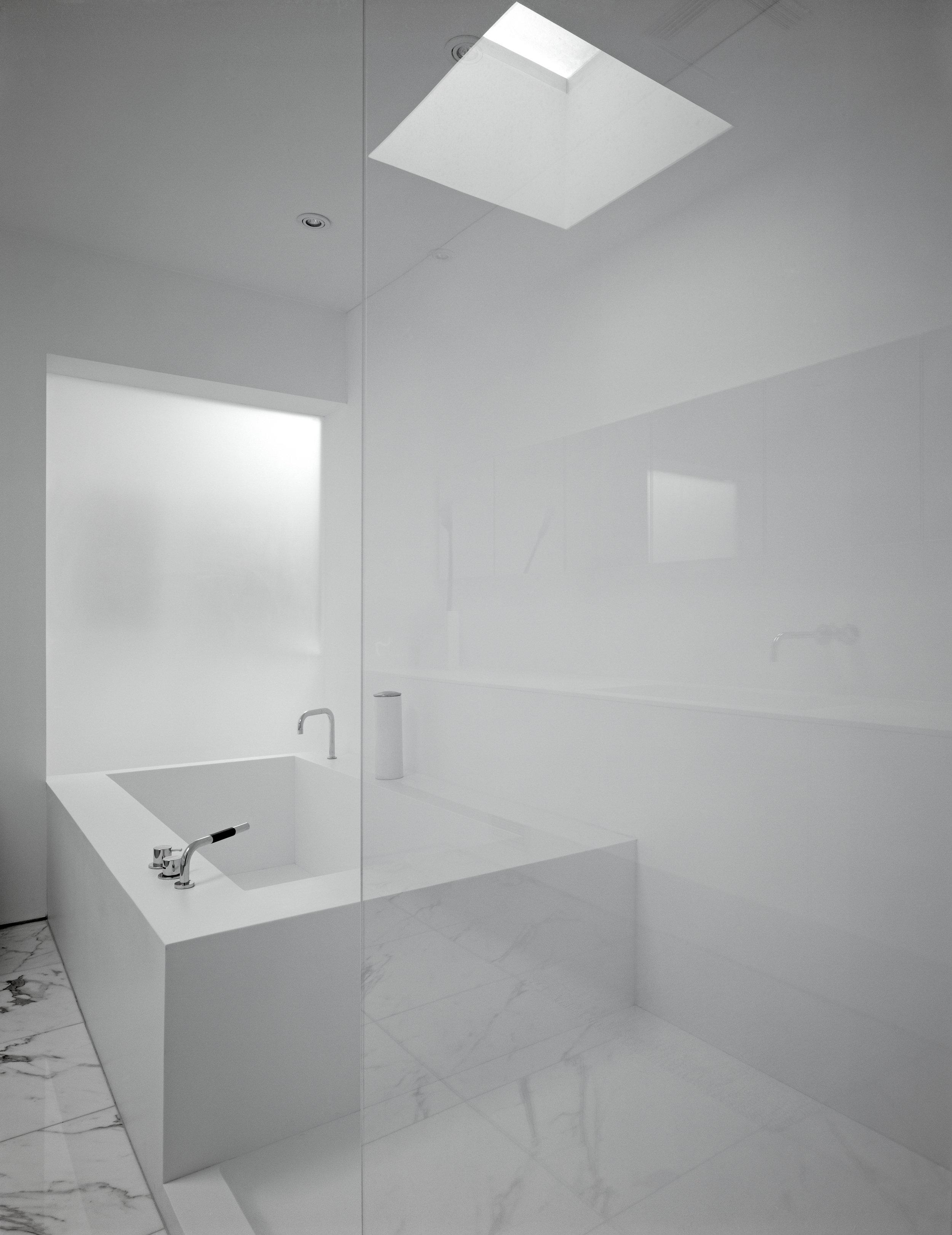Copy of Russell Hill Road - Washroom Bathroom Shower Glass Bathtub Fauce