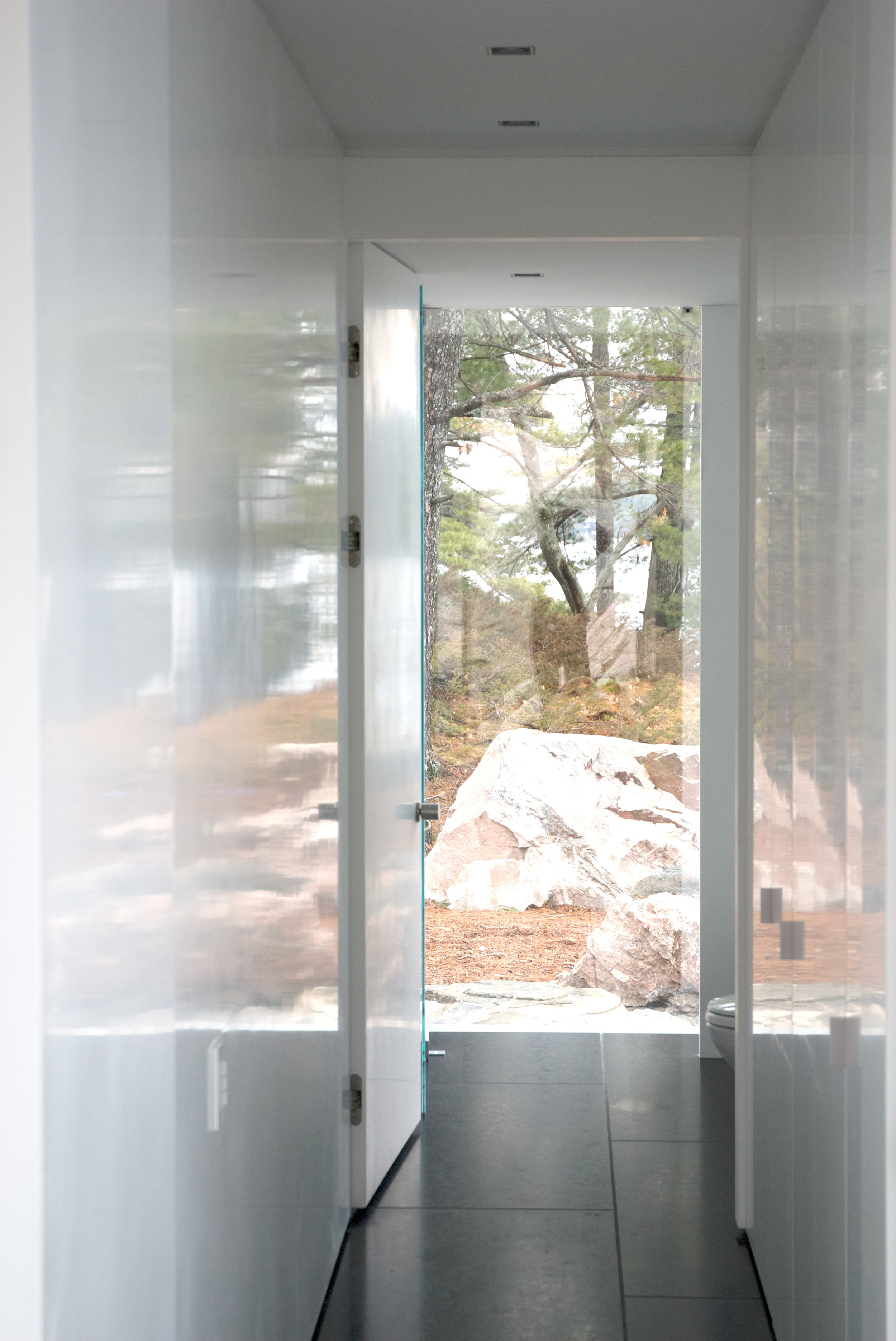 Glass Boat House - Hallway Polished Plaster