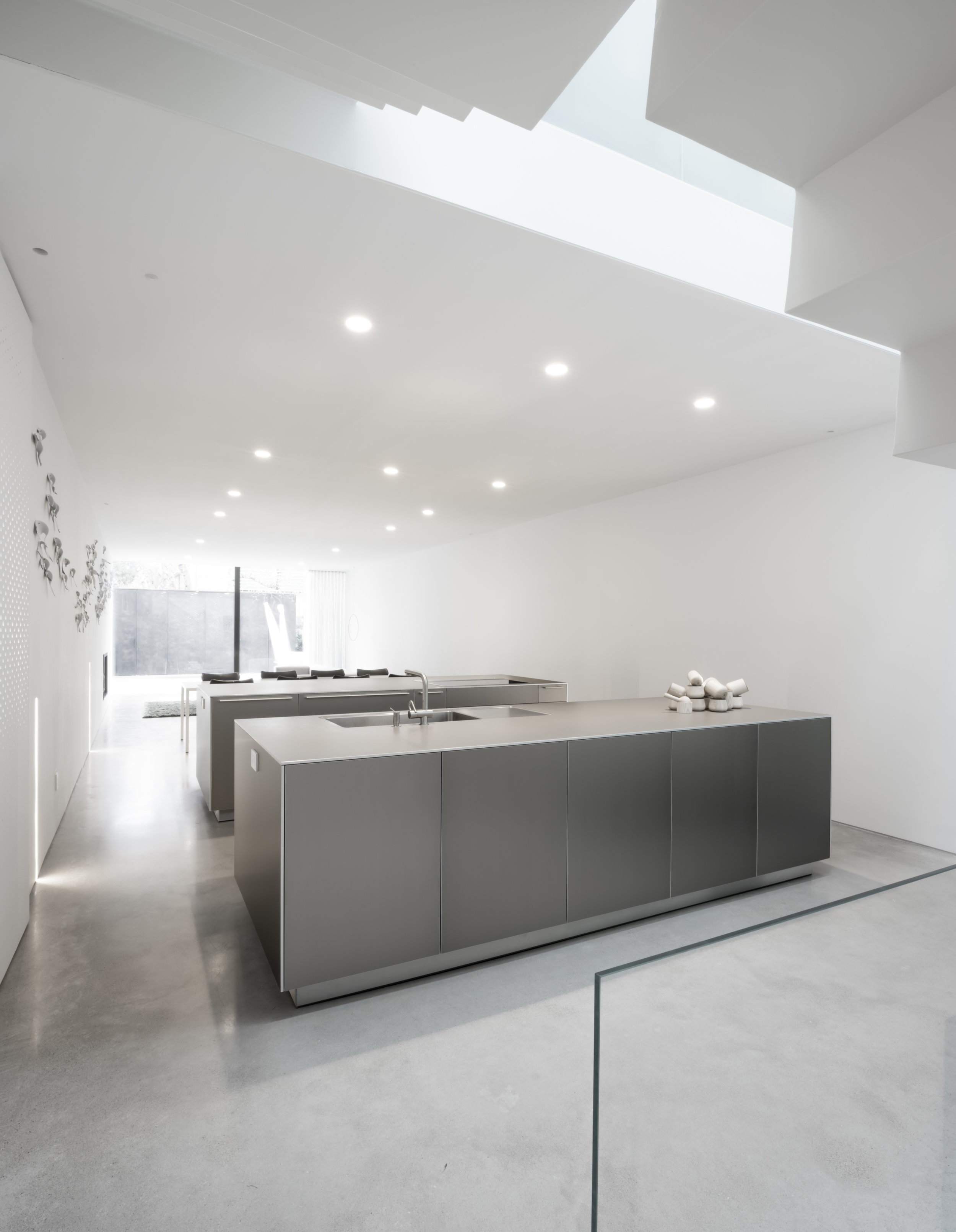House 27 -