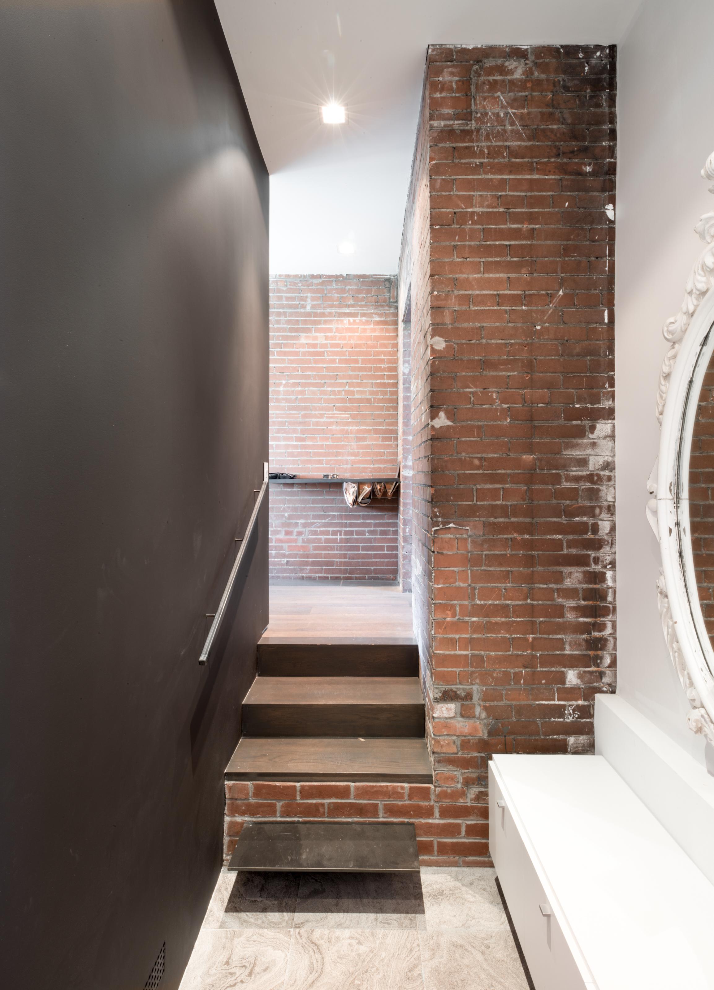 gh3 - Shorncliff Home - Entry Ledge