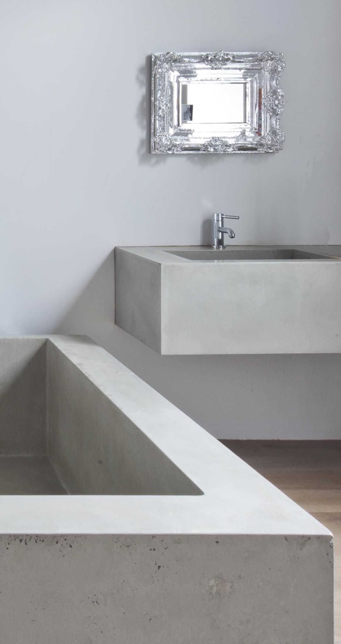 gh3-Annex-House-bathtub detail.jpg