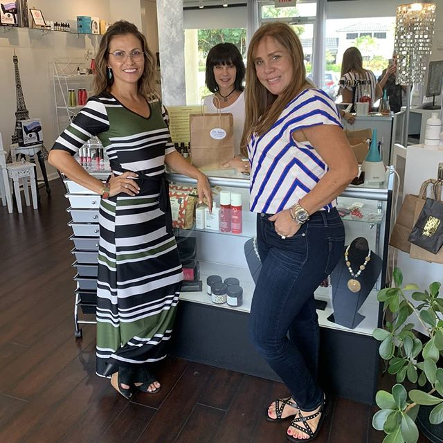 Did you know that Hair Extensions by Sylvia is based out of ETC. Salon? So come by and shop our selection of accessories, makeup, and top quality #hairproducts!  PS. Check back later in the week to see the full transformation of my lovely client Demaris, shown here shopping!