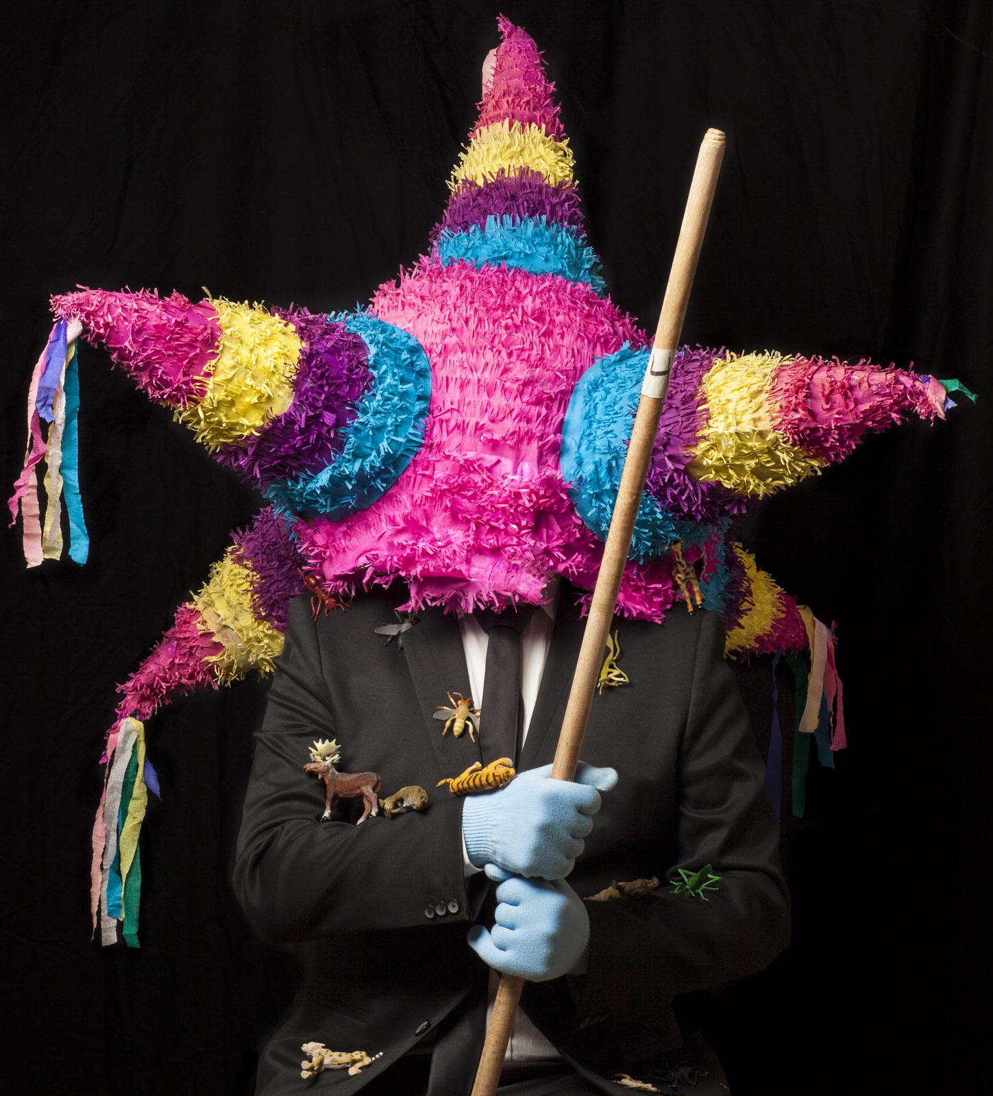 Human Piñata (Darse Palo Siempre es una Fiesta)