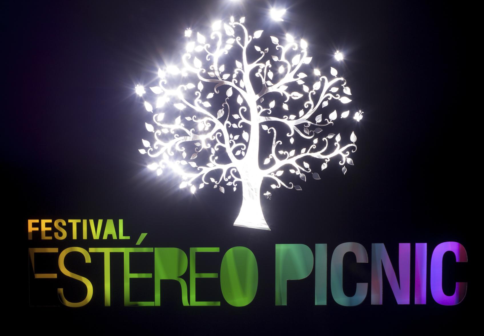 Estereo Picninc 2014 Logo-4.jpg