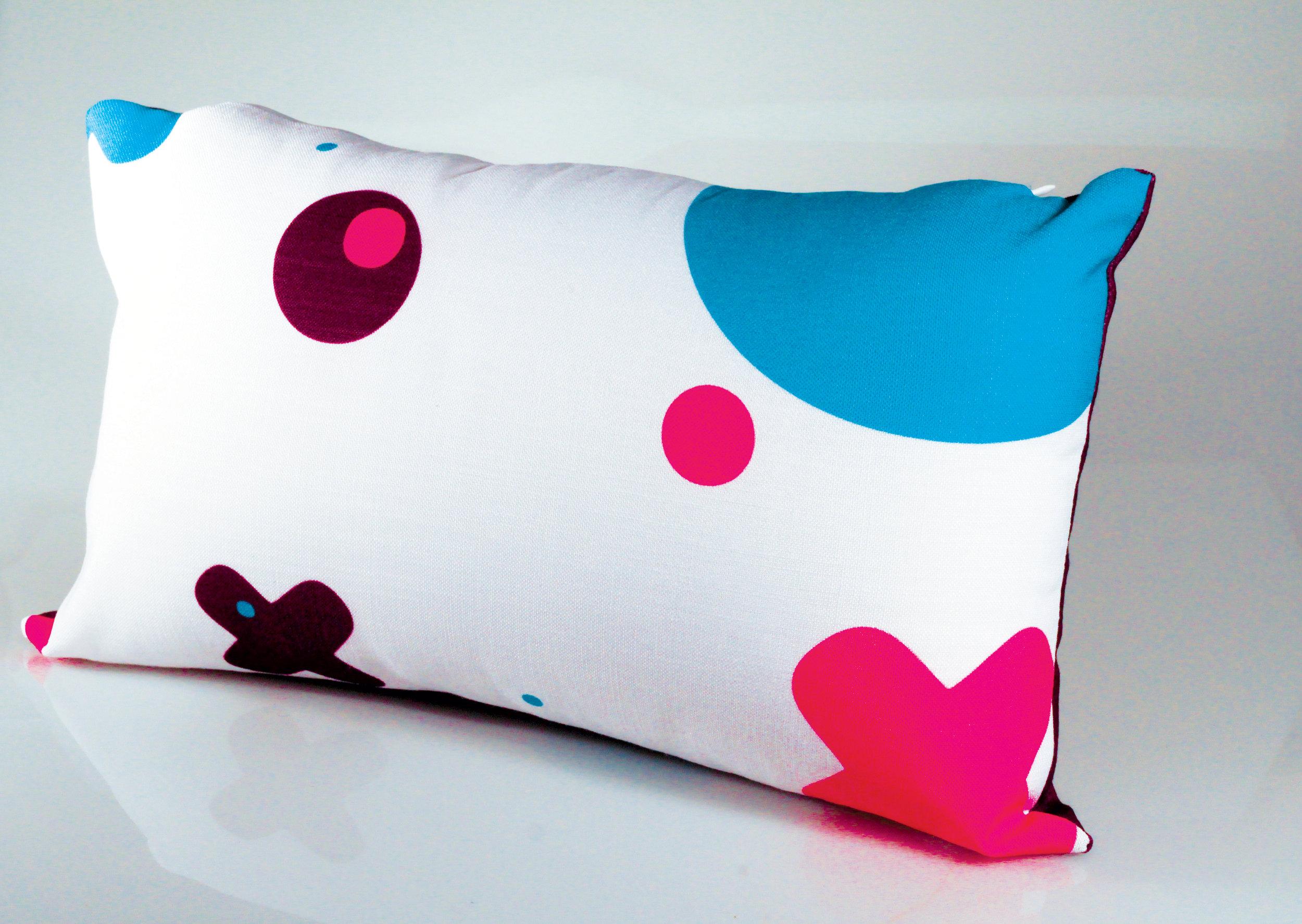 Pillow_PYXUS.jpg