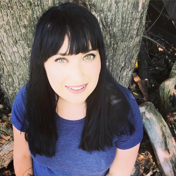 Amanda Woomer, Author