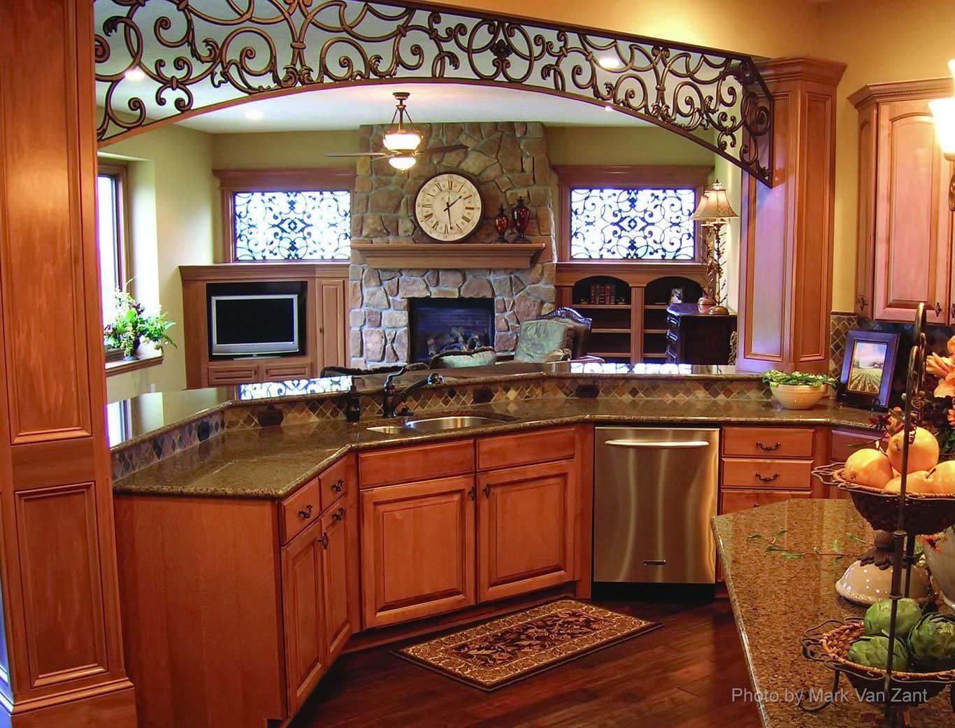 tableaux-decorative-grilles-residential-home-decor-interior-decorating-decorative-accent-faux-iron-firenze-039-antique-bronze-bb8-001-1366x1041.jpg